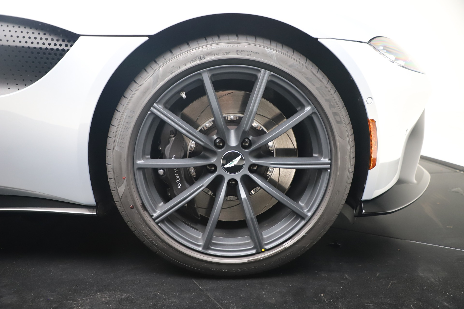 New 2020 Aston Martin Vantage Coupe For Sale In Greenwich, CT 3481_p41