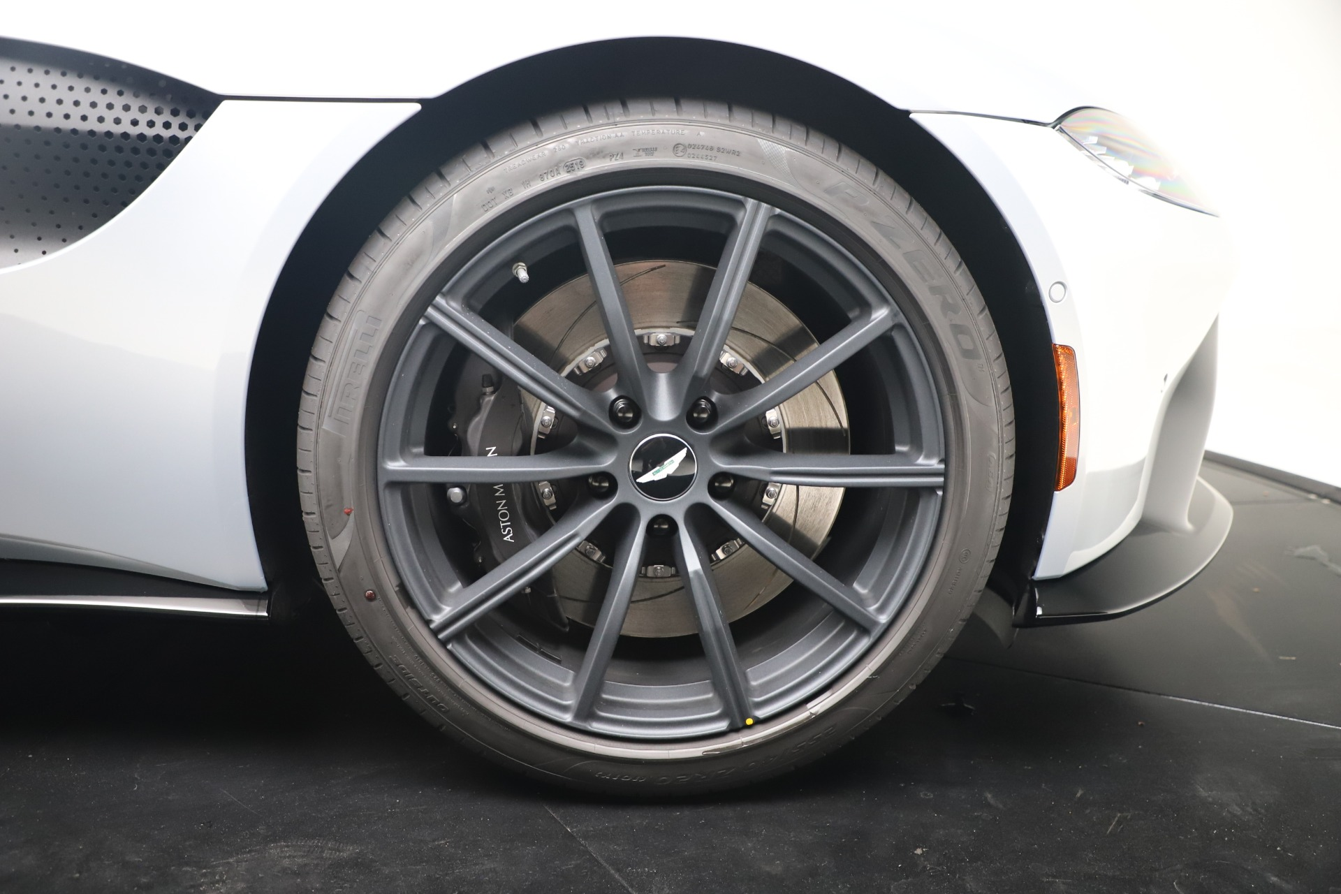 New 2020 Aston Martin Vantage Coupe For Sale In Greenwich, CT 3481_p42