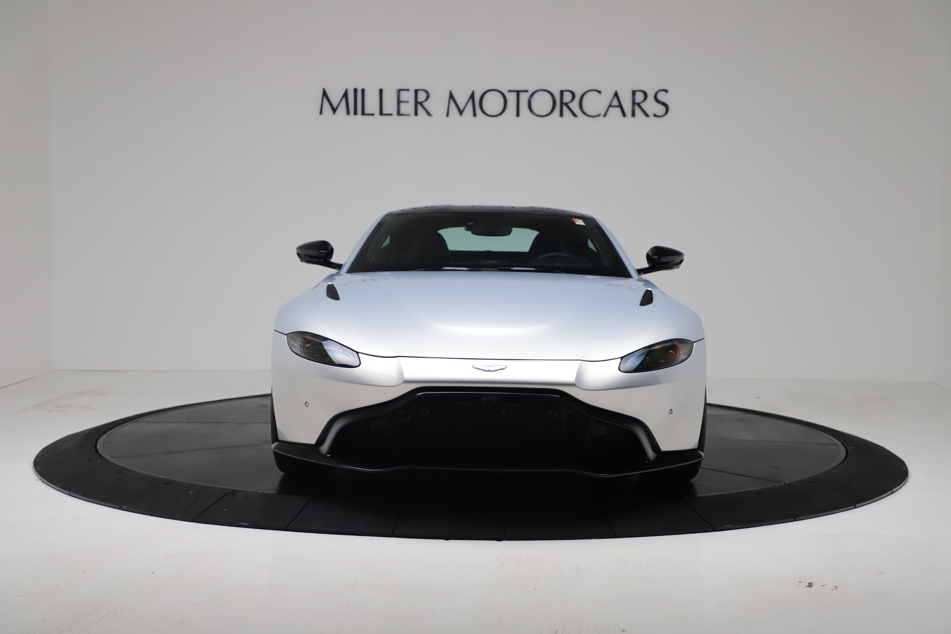 New 2020 Aston Martin Vantage Coupe For Sale In Greenwich, CT 3481_p5