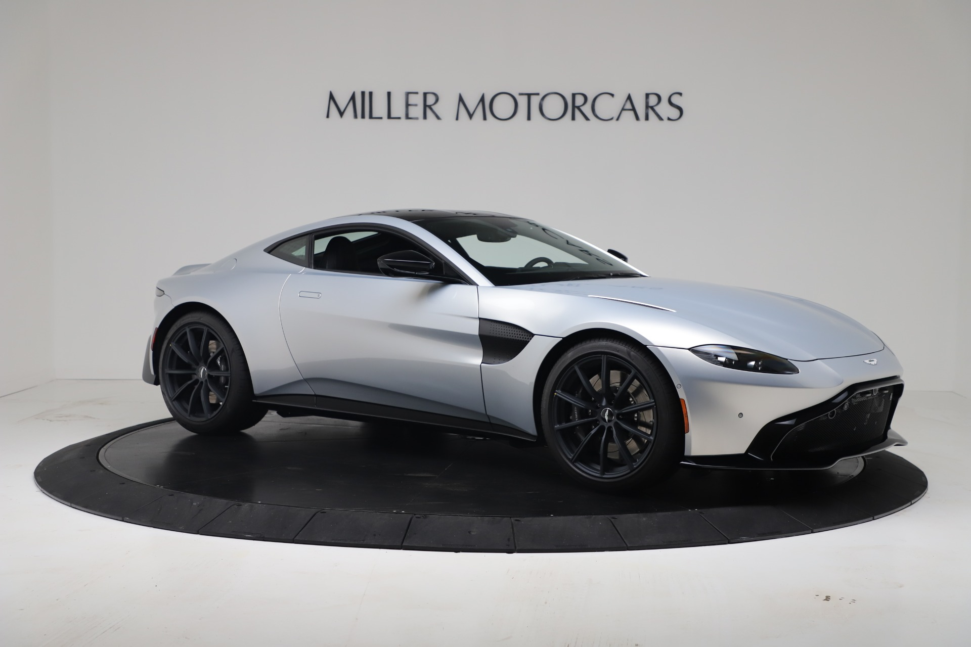 New 2020 Aston Martin Vantage Coupe For Sale In Greenwich, CT 3481_p9