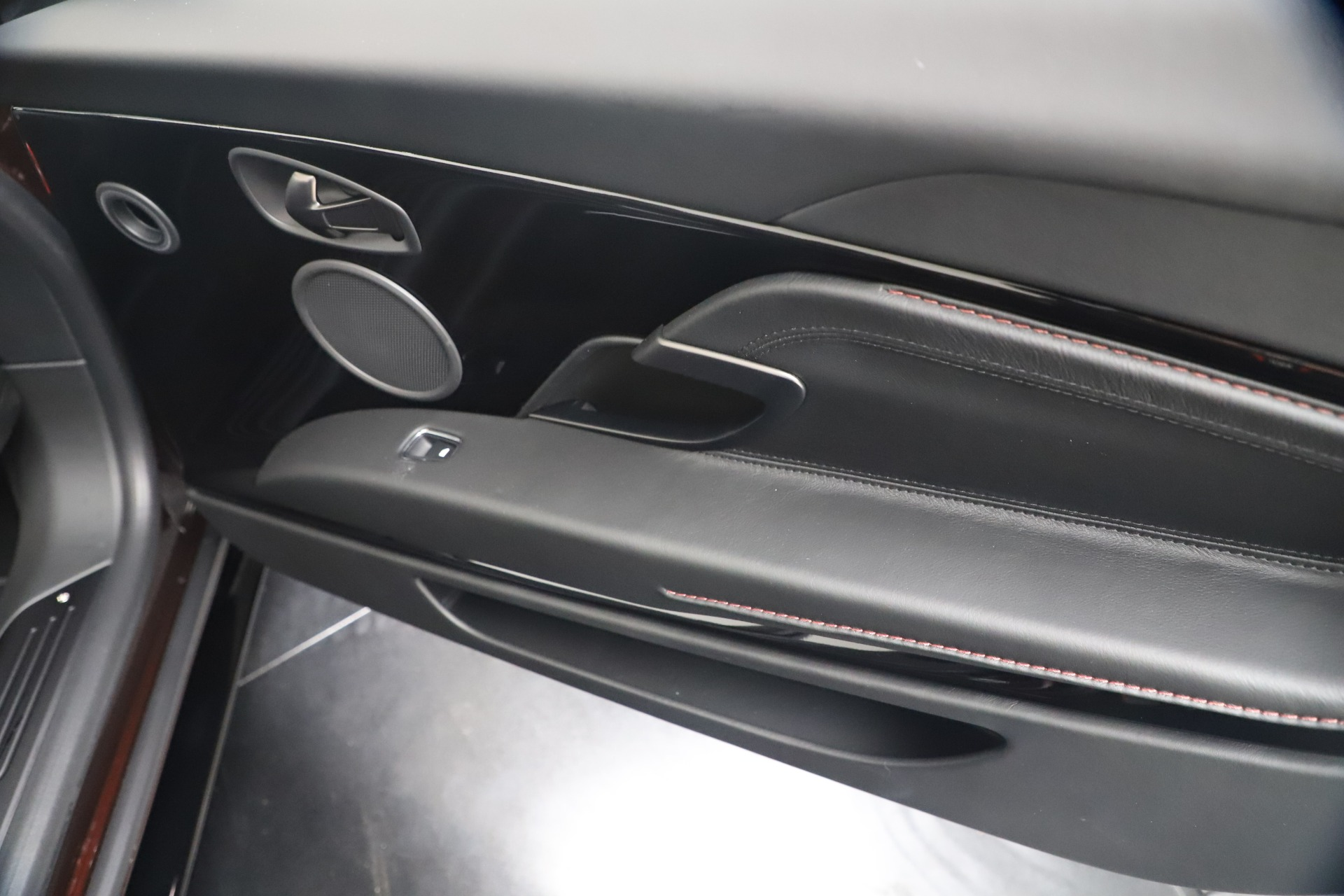 New 2020 Aston Martin DB11 V8 For Sale In Greenwich, CT 3487_p30