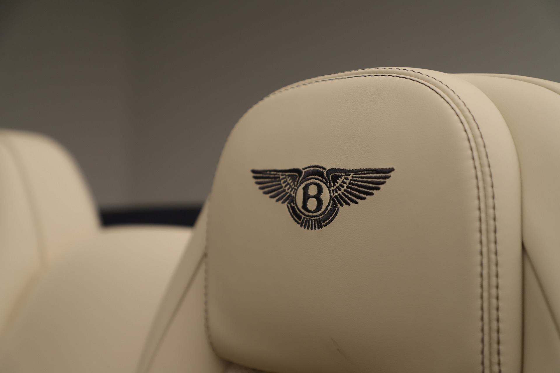 Used 2017 Bentley Continental GT V8 For Sale In Greenwich, CT 3488_p27
