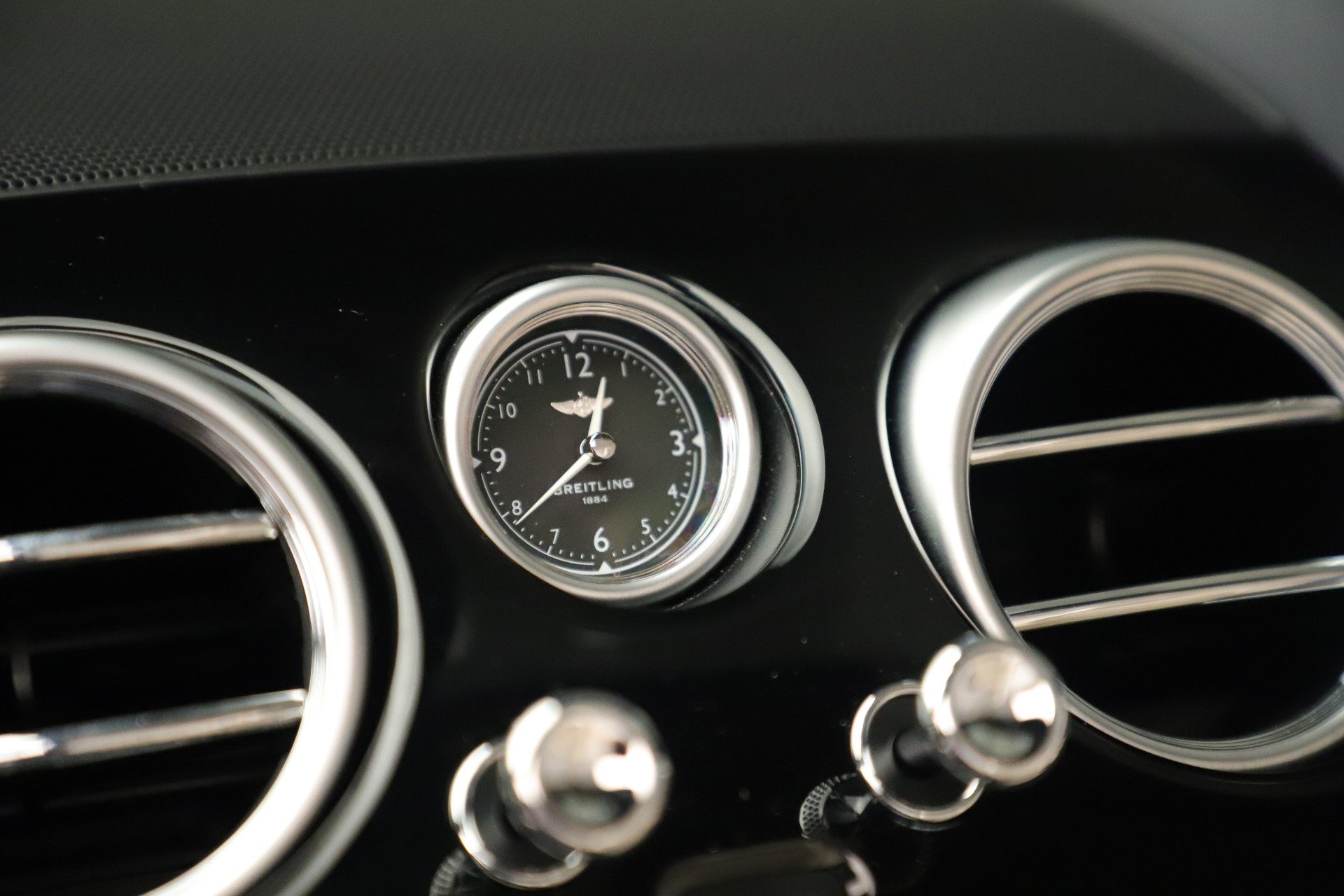 Used 2017 Bentley Continental GT V8 For Sale In Greenwich, CT 3488_p31