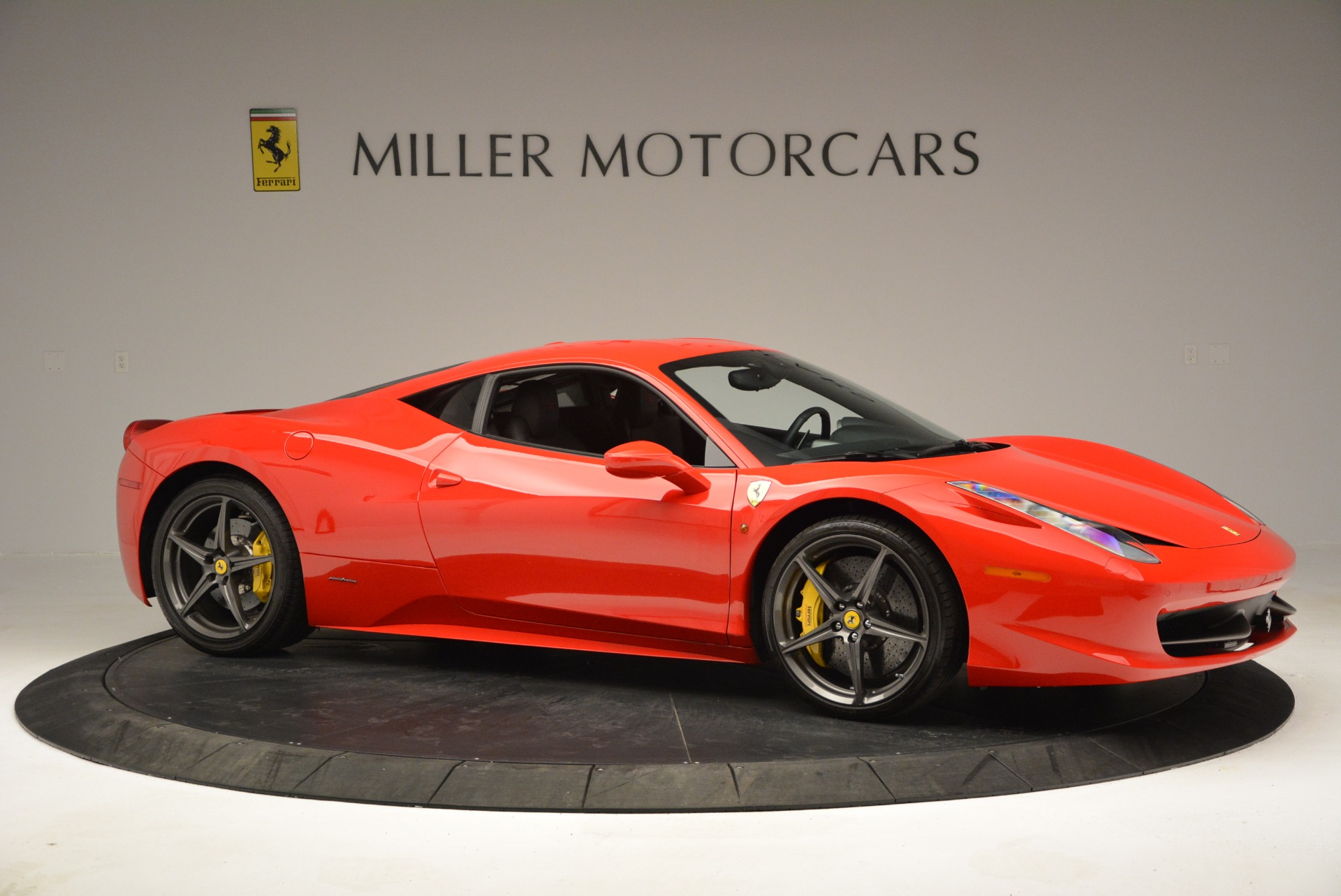 Used 2013 Ferrari 458 Italia  For Sale In Greenwich, CT 3490_p10
