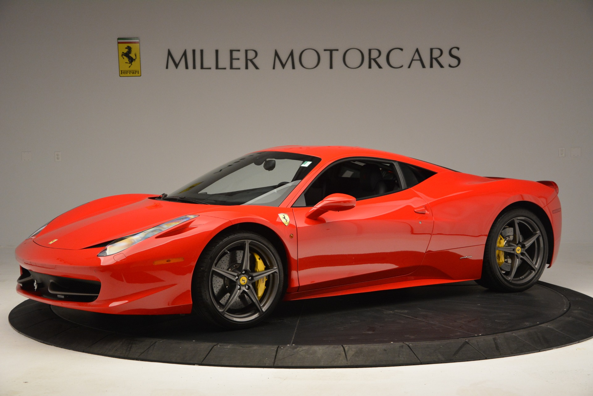 Used 2013 Ferrari 458 Italia  For Sale In Greenwich, CT 3490_p2
