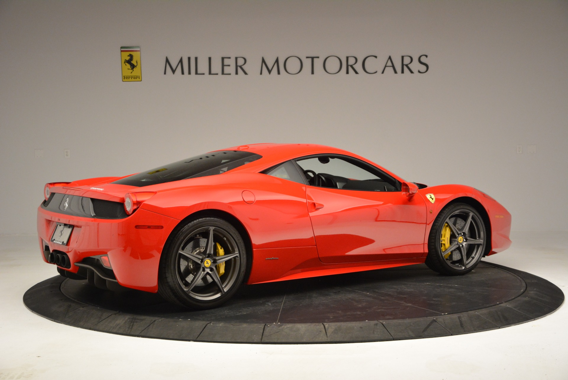 Used 2013 Ferrari 458 Italia  For Sale In Greenwich, CT 3490_p8