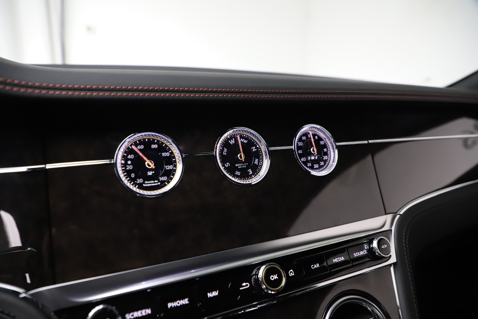 Used 2020 Bentley Continental GT V8 For Sale In Greenwich, CT 3504_p27