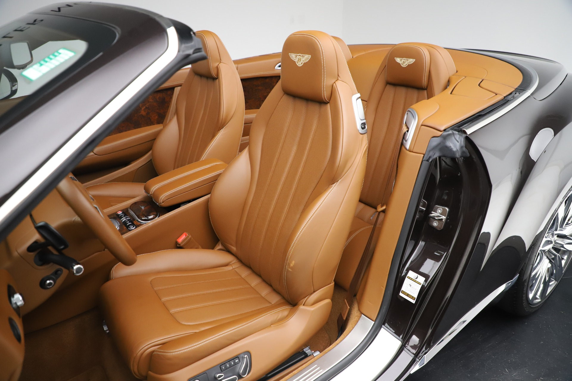 Used 2013 Bentley Continental GT W12 For Sale In Greenwich, CT 3505_p25