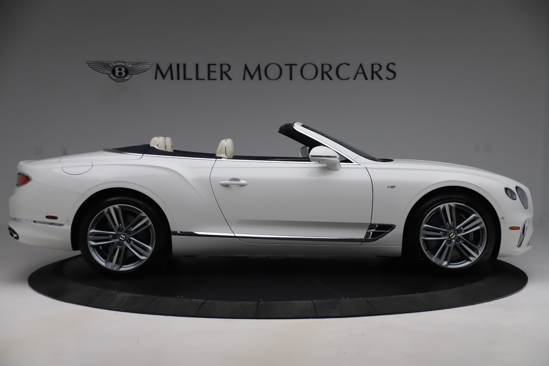 New 2020 Bentley Continental GTC V8 For Sale In Greenwich, CT 3516_p9