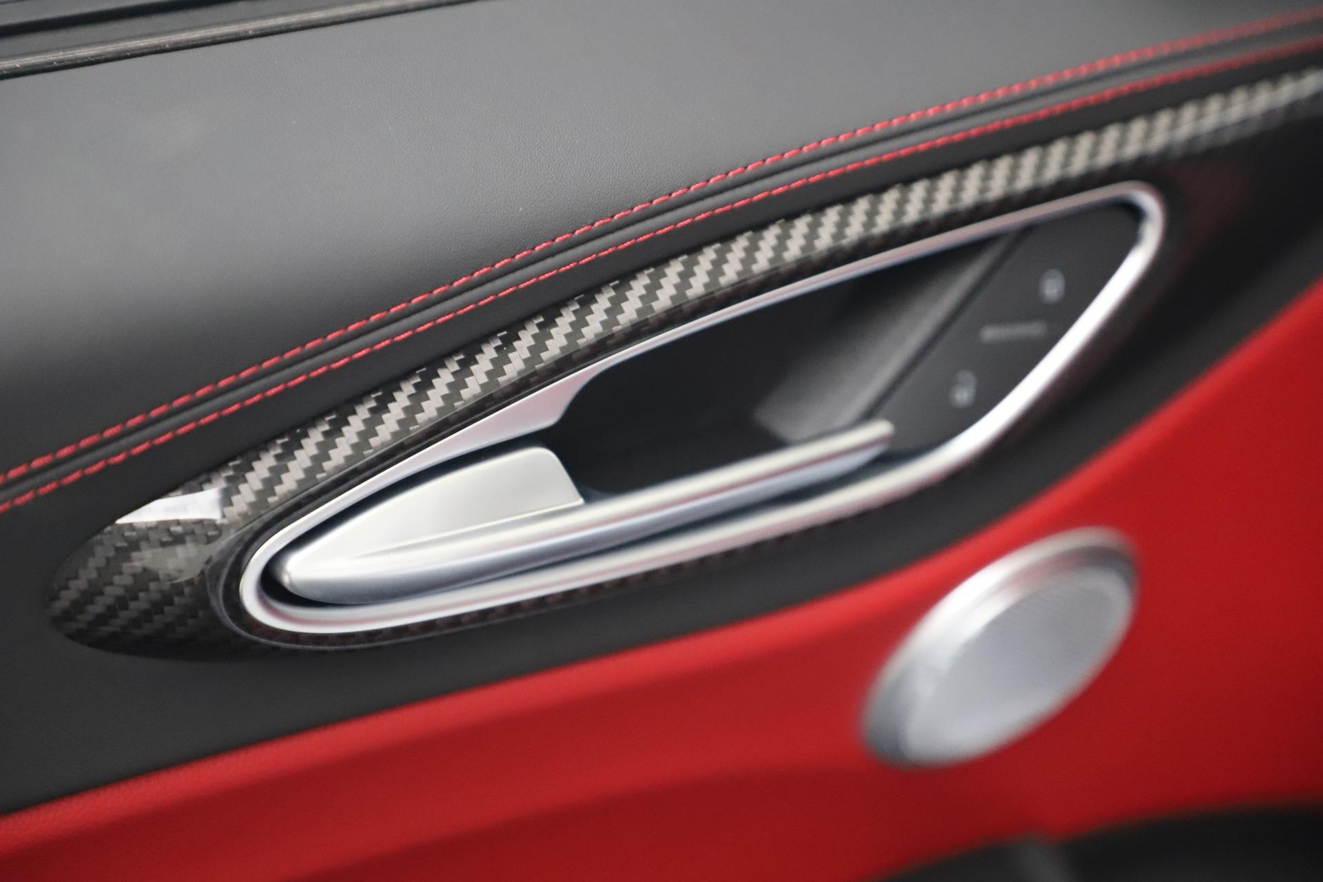 New 2019 Alfa Romeo Giulia Ti Sport Carbon Q4 For Sale In Greenwich, CT 3518_p33