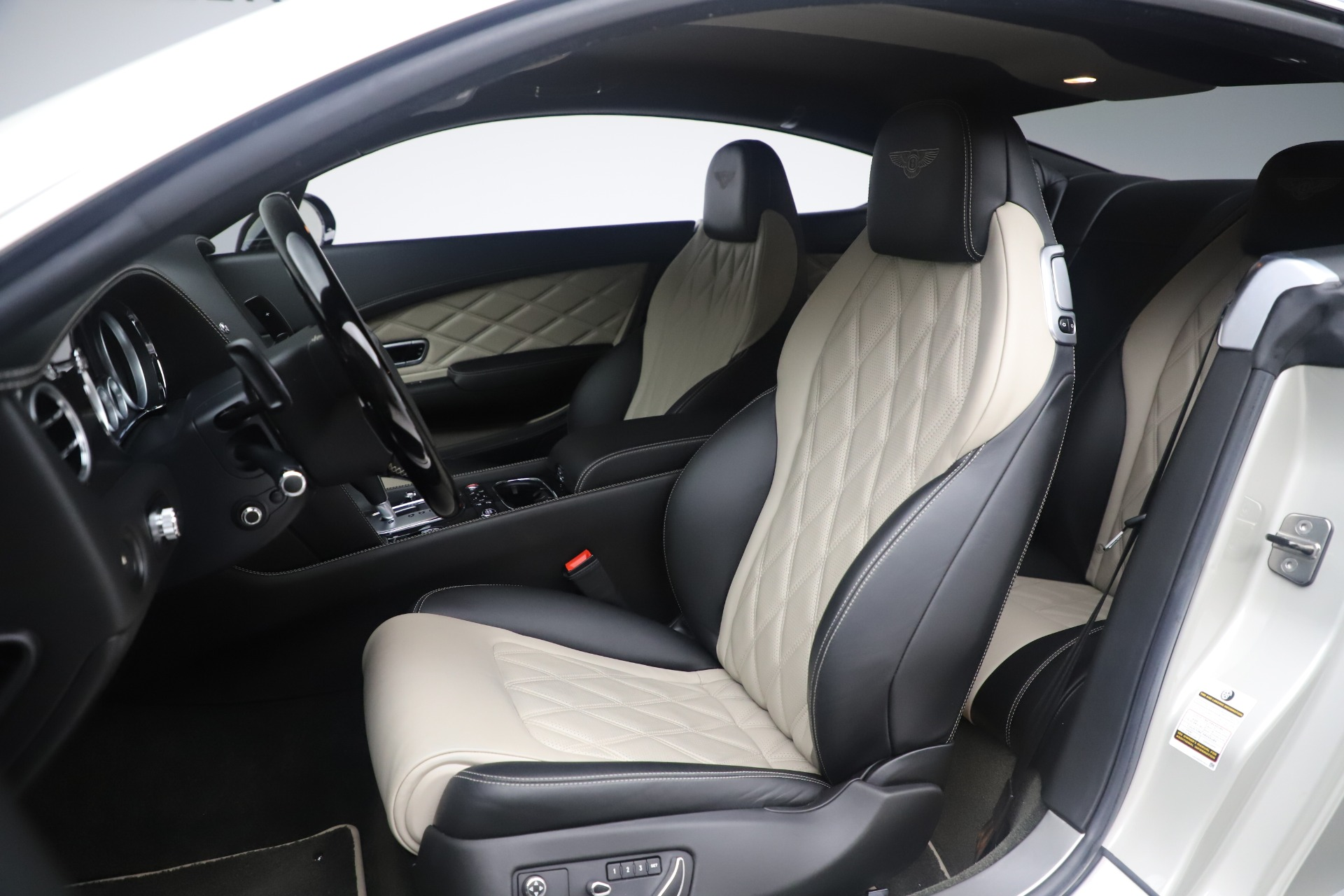 Used 2014 Bentley Continental GT V8 S For Sale In Greenwich, CT 3541_p19