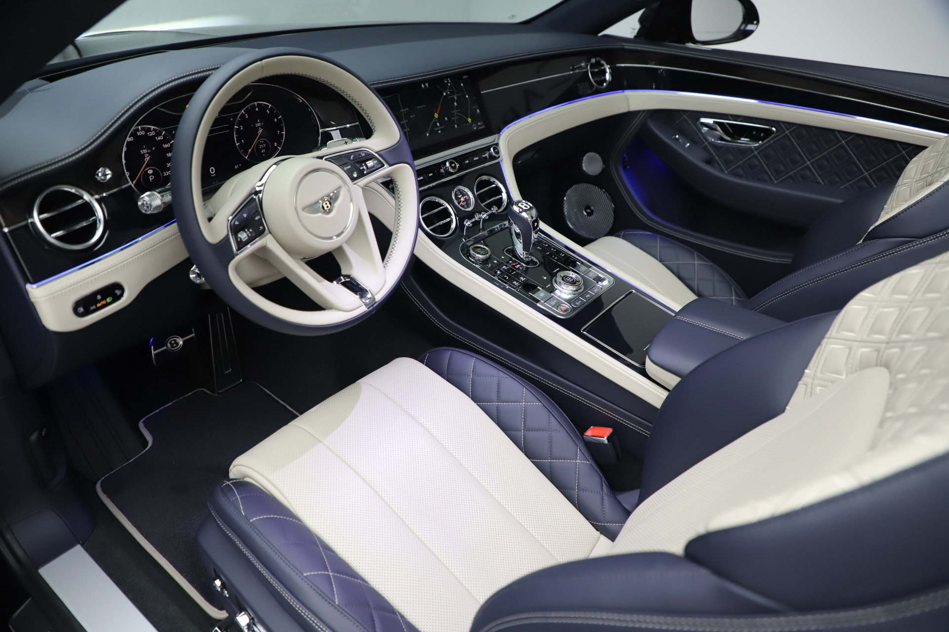 New 2020 Bentley Continental GTC V8 For Sale In Greenwich, CT 3566_p21
