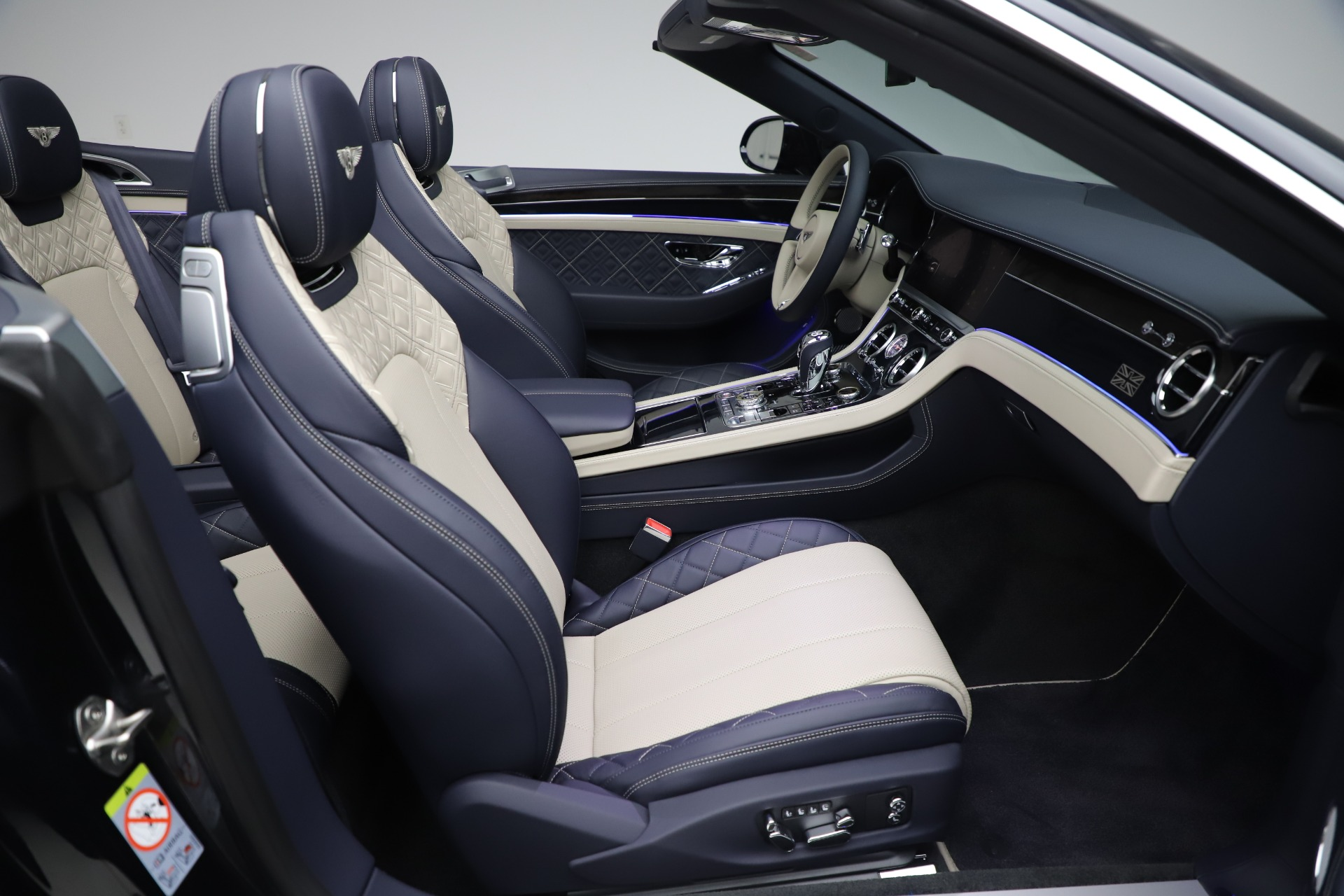 New 2020 Bentley Continental GTC V8 For Sale In Greenwich, CT 3566_p30