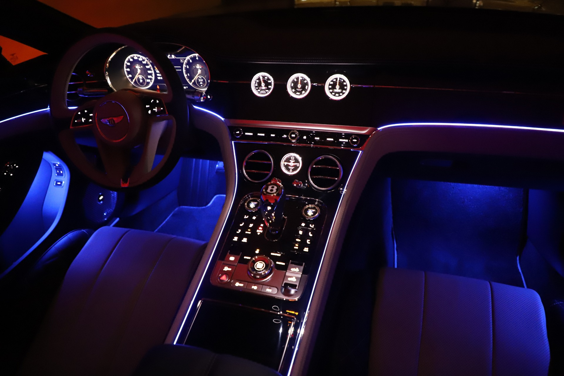 New 2020 Bentley Continental GTC V8 For Sale In Greenwich, CT 3566_p36