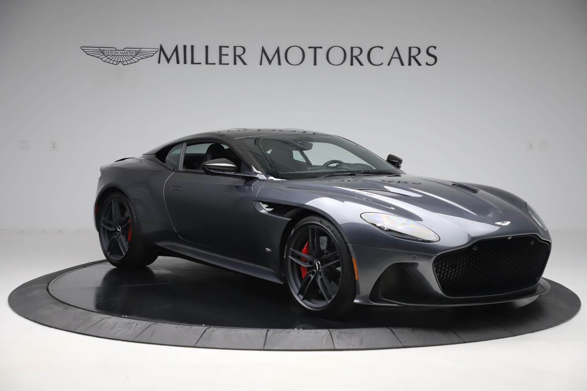 Used 2019 Aston Martin DBS Superleggera For Sale In Greenwich, CT 3570_p11