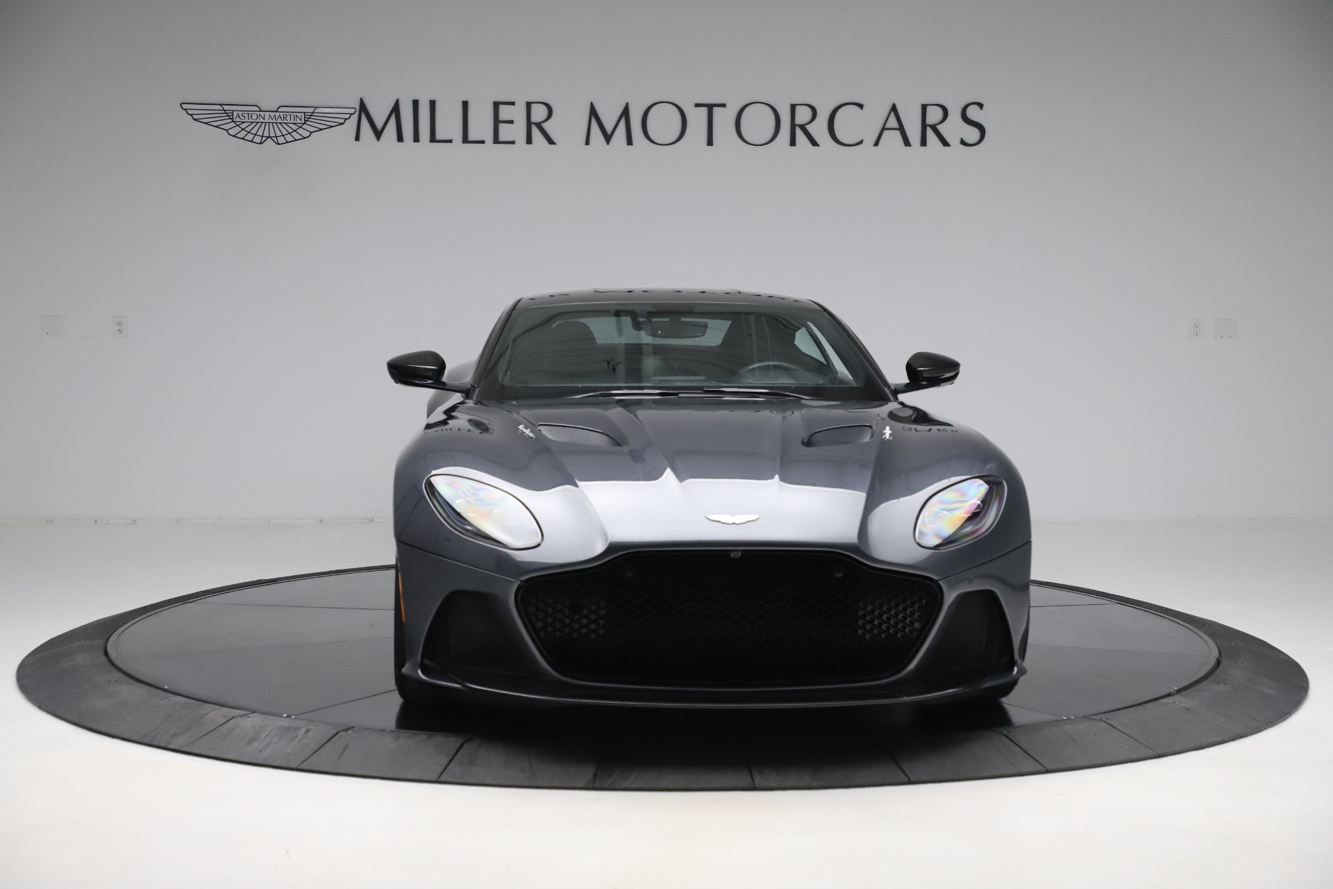 Used 2019 Aston Martin DBS Superleggera For Sale In Greenwich, CT 3570_p12