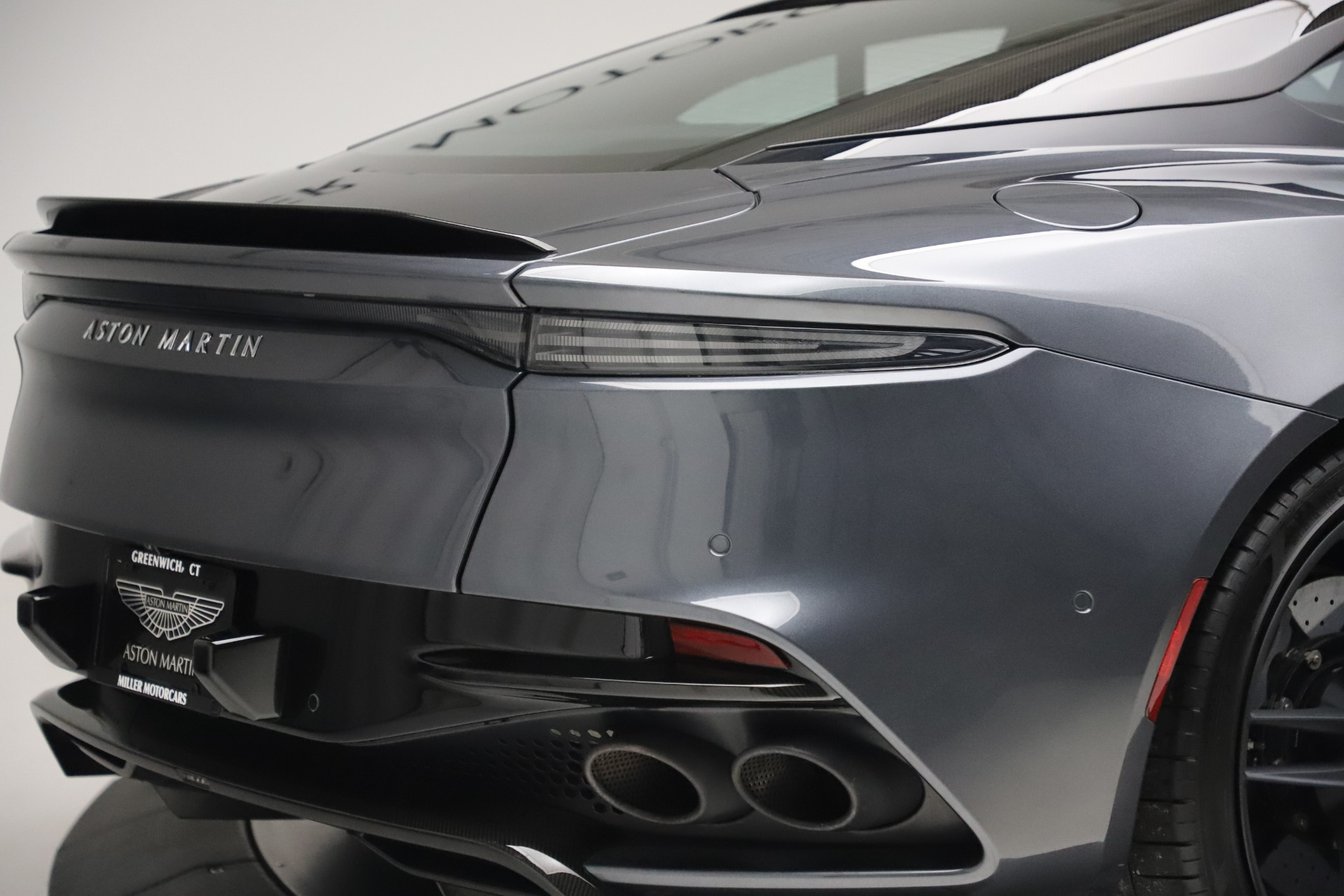 Used 2019 Aston Martin DBS Superleggera For Sale In Greenwich, CT 3570_p31