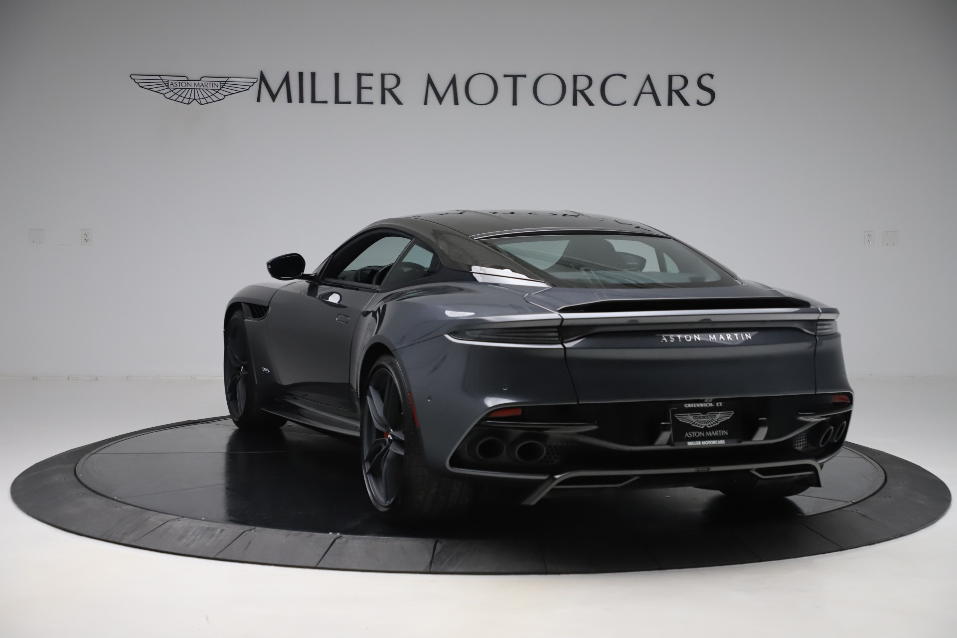 Used 2019 Aston Martin DBS Superleggera For Sale In Greenwich, CT 3570_p5