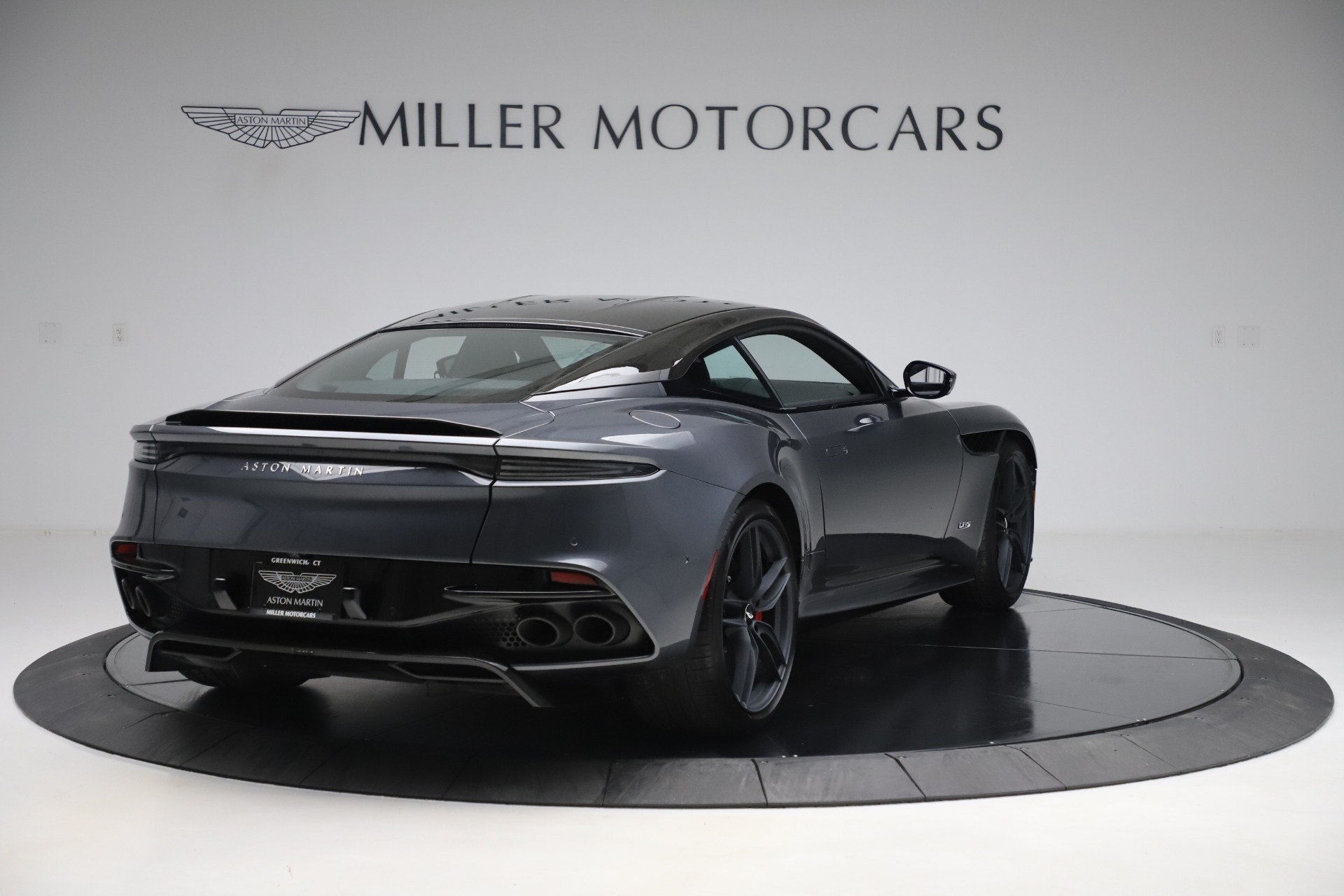 Used 2019 Aston Martin DBS Superleggera For Sale In Greenwich, CT 3570_p7