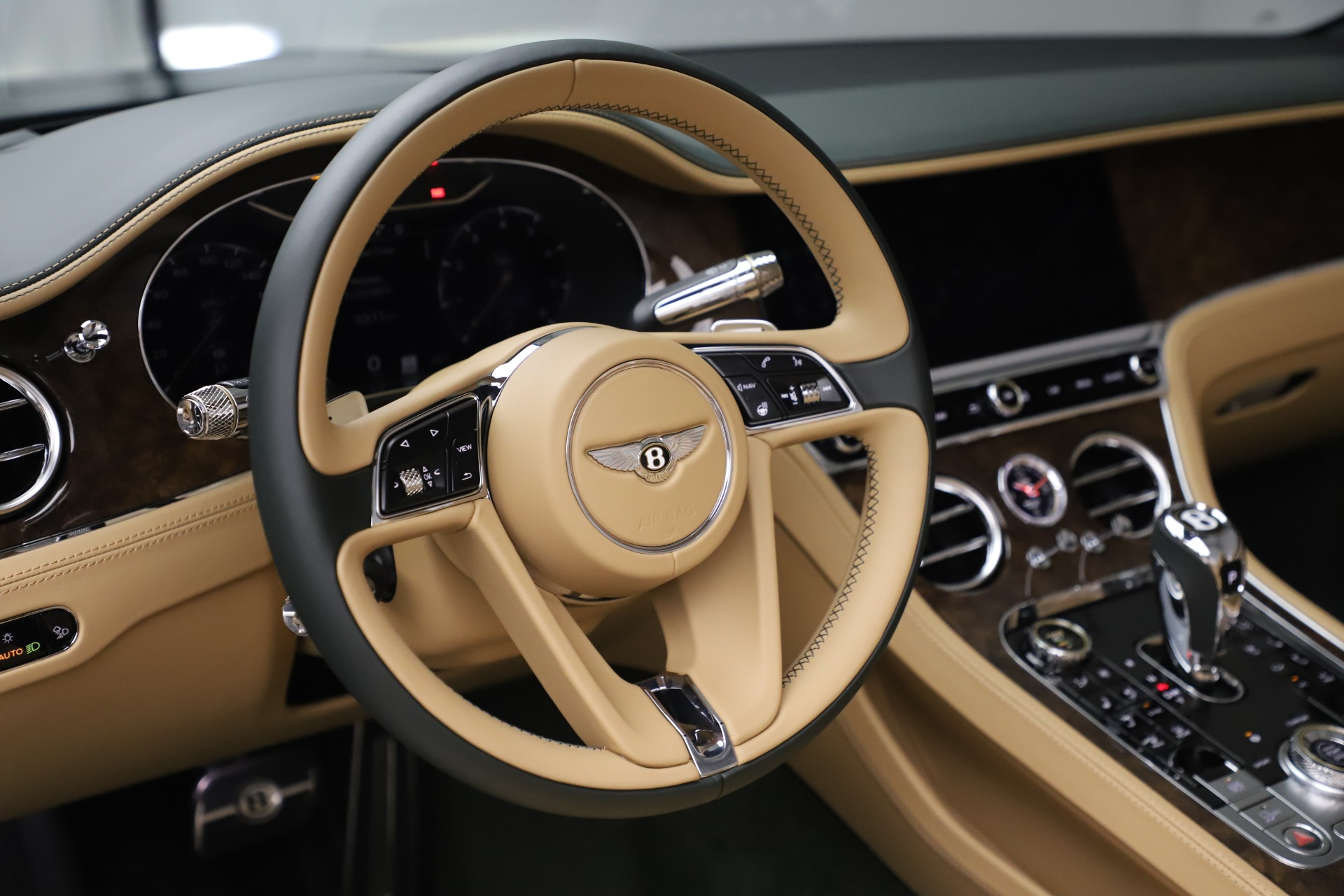 New 2020 Bentley Continental GTC V8 For Sale In Greenwich, CT 3572_p27