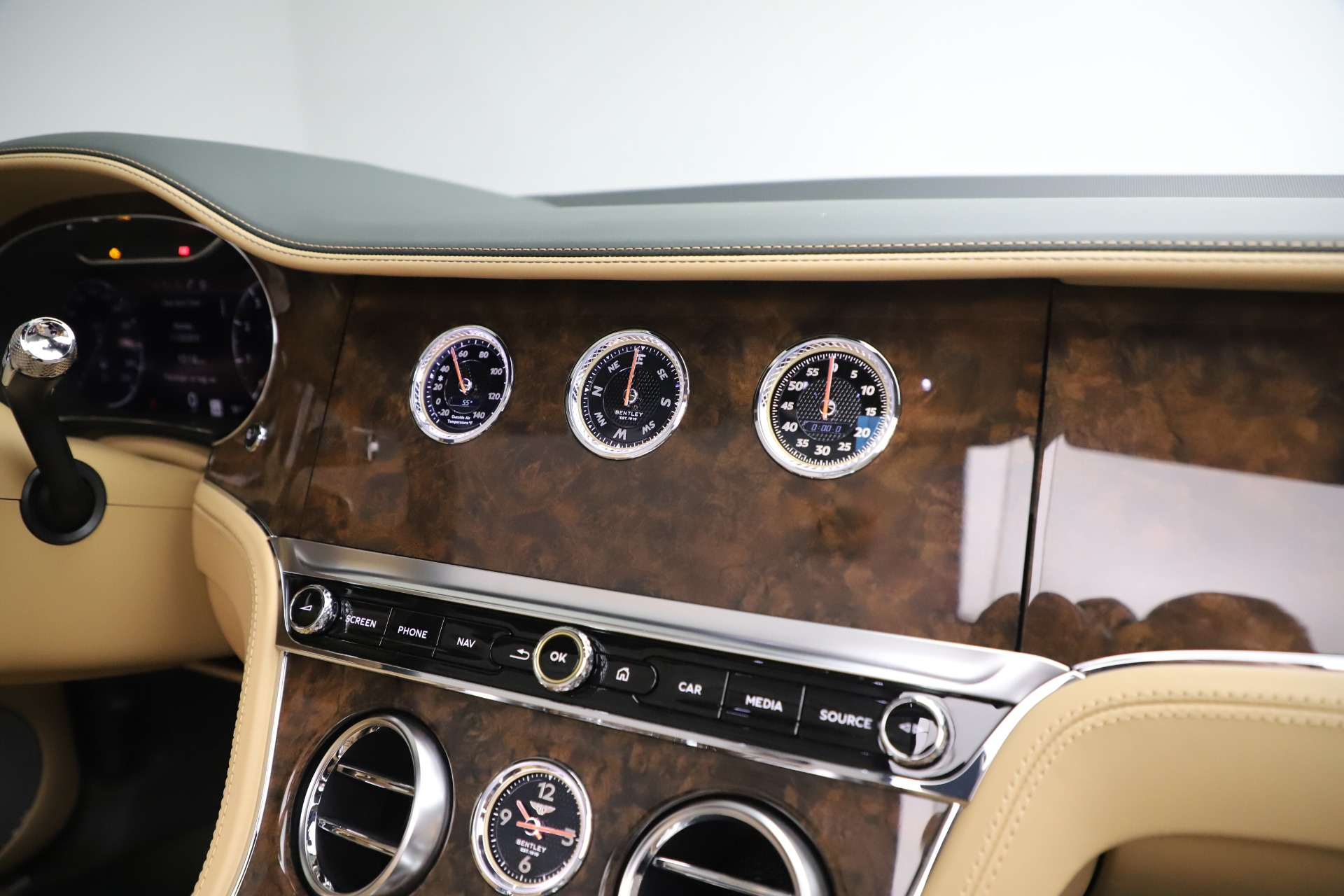 New 2020 Bentley Continental GTC V8 For Sale In Greenwich, CT 3572_p38