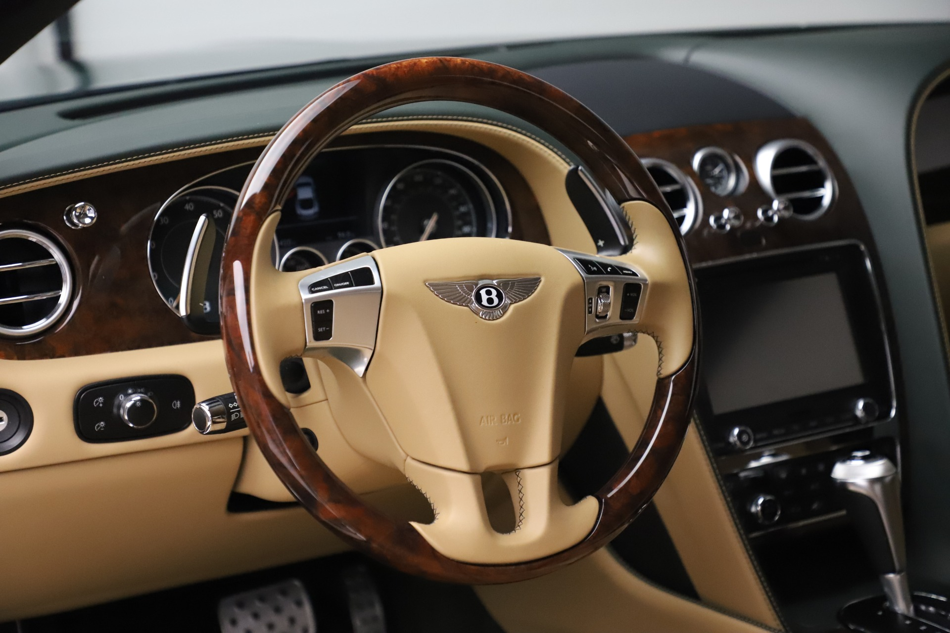 Used 2017 Bentley Continental GT V8 S For Sale In Greenwich, CT 3583_p20