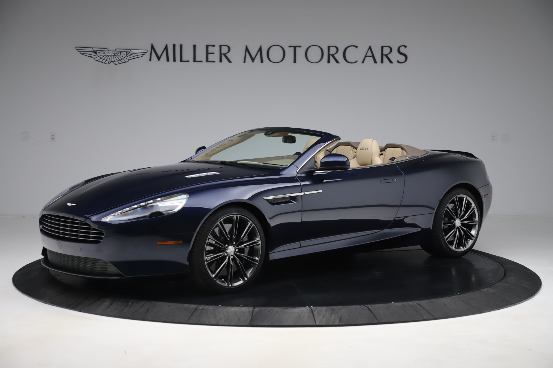Used 2014 Aston Martin DB9 Volante For Sale In Greenwich, CT 3591_p2