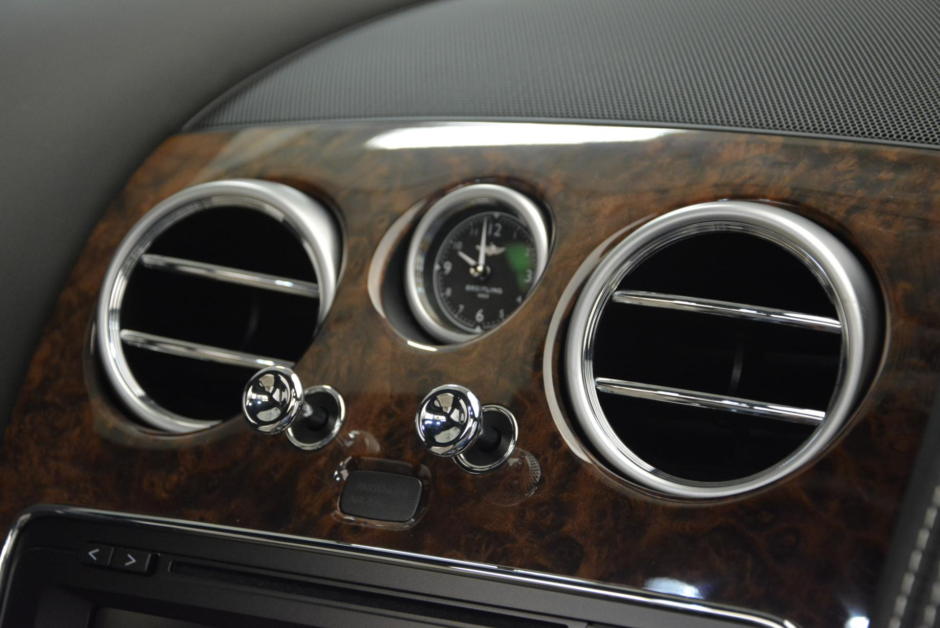 Used 2016 Bentley Flying Spur V8  For Sale In Greenwich, CT 36_p18