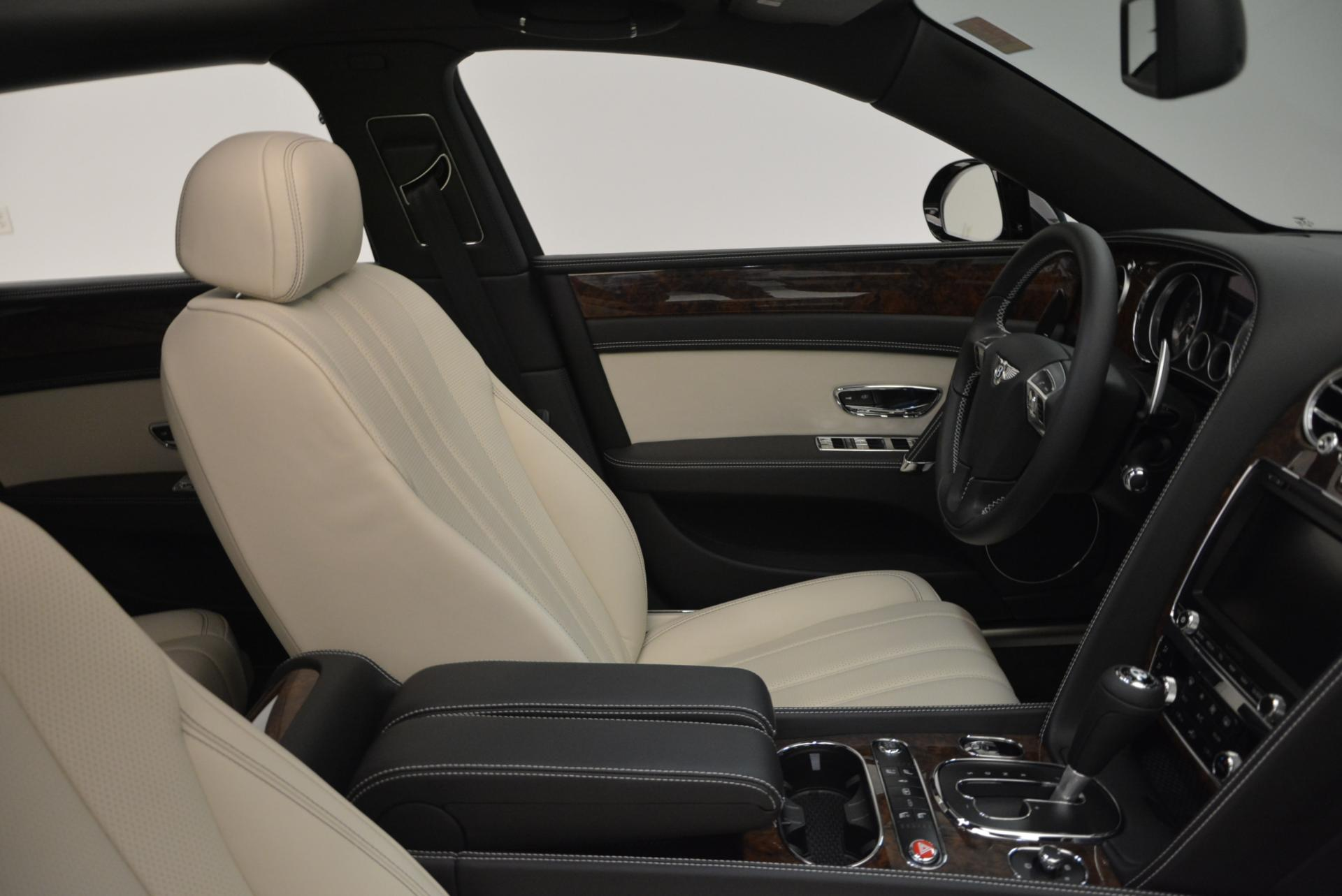 Used 2016 Bentley Flying Spur V8  For Sale In Greenwich, CT 36_p21