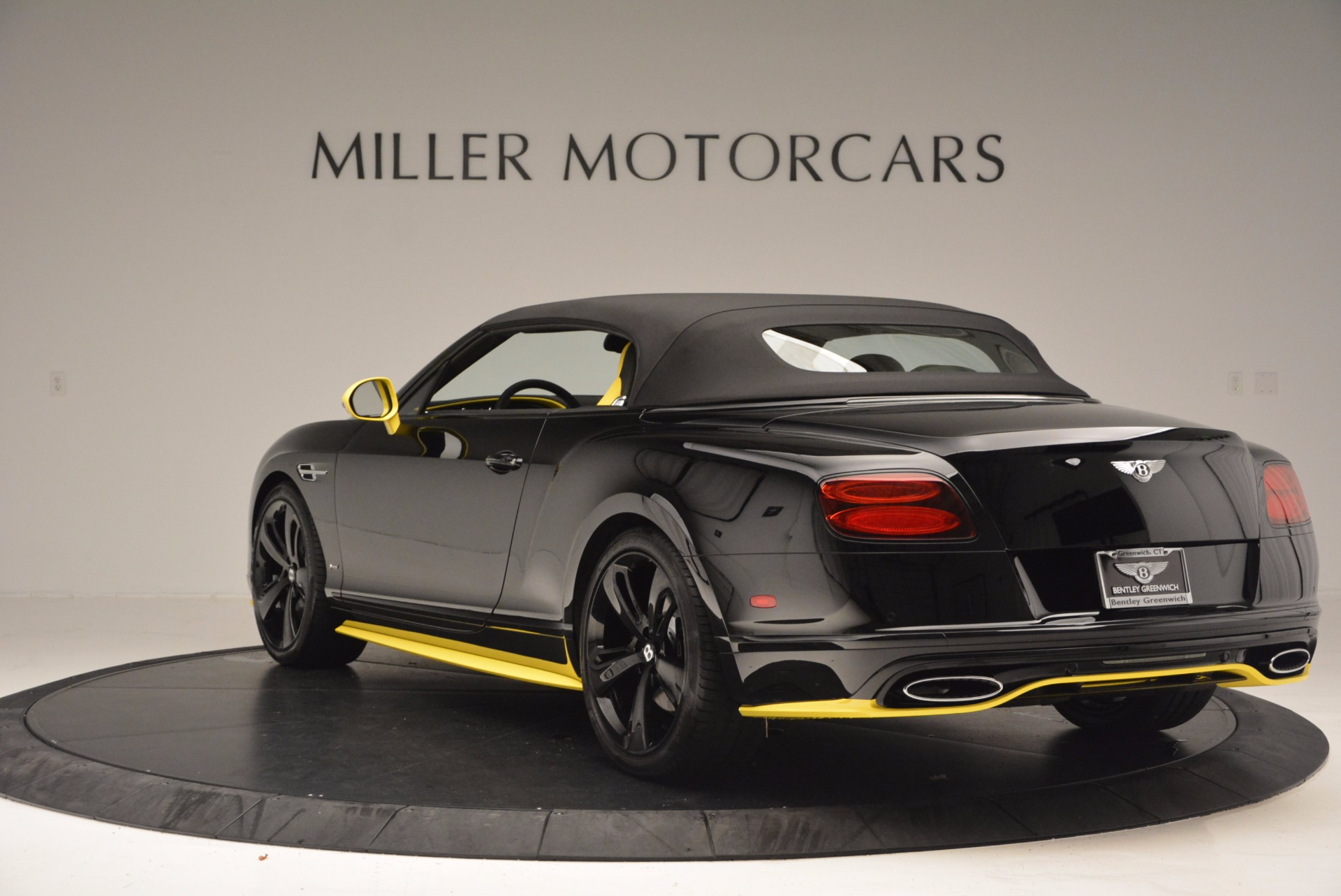 New 2017 Bentley Continental GT Speed Black Edition Convertible  For Sale In Greenwich, CT 496_p14