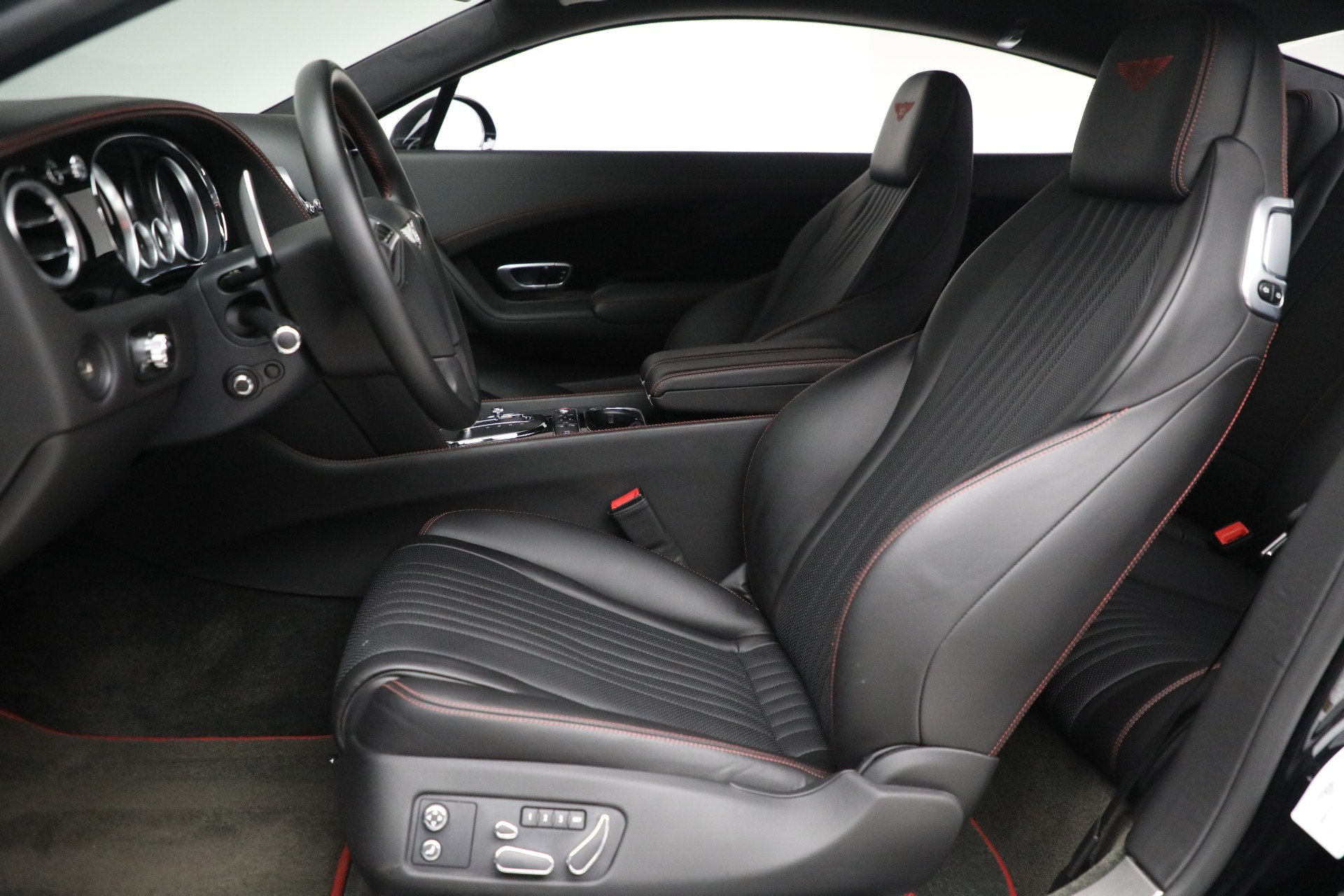 New 2017 Bentley Continental GT V8 For Sale In Greenwich, CT 501_p16