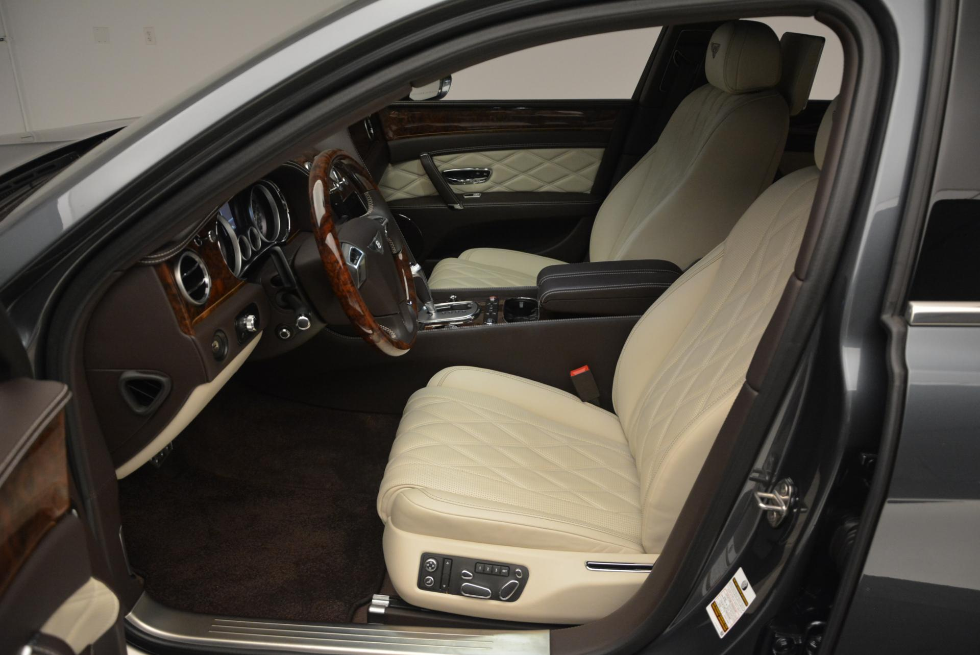 Used 2015 Bentley Flying Spur V8  For Sale In Greenwich, CT 509_p23