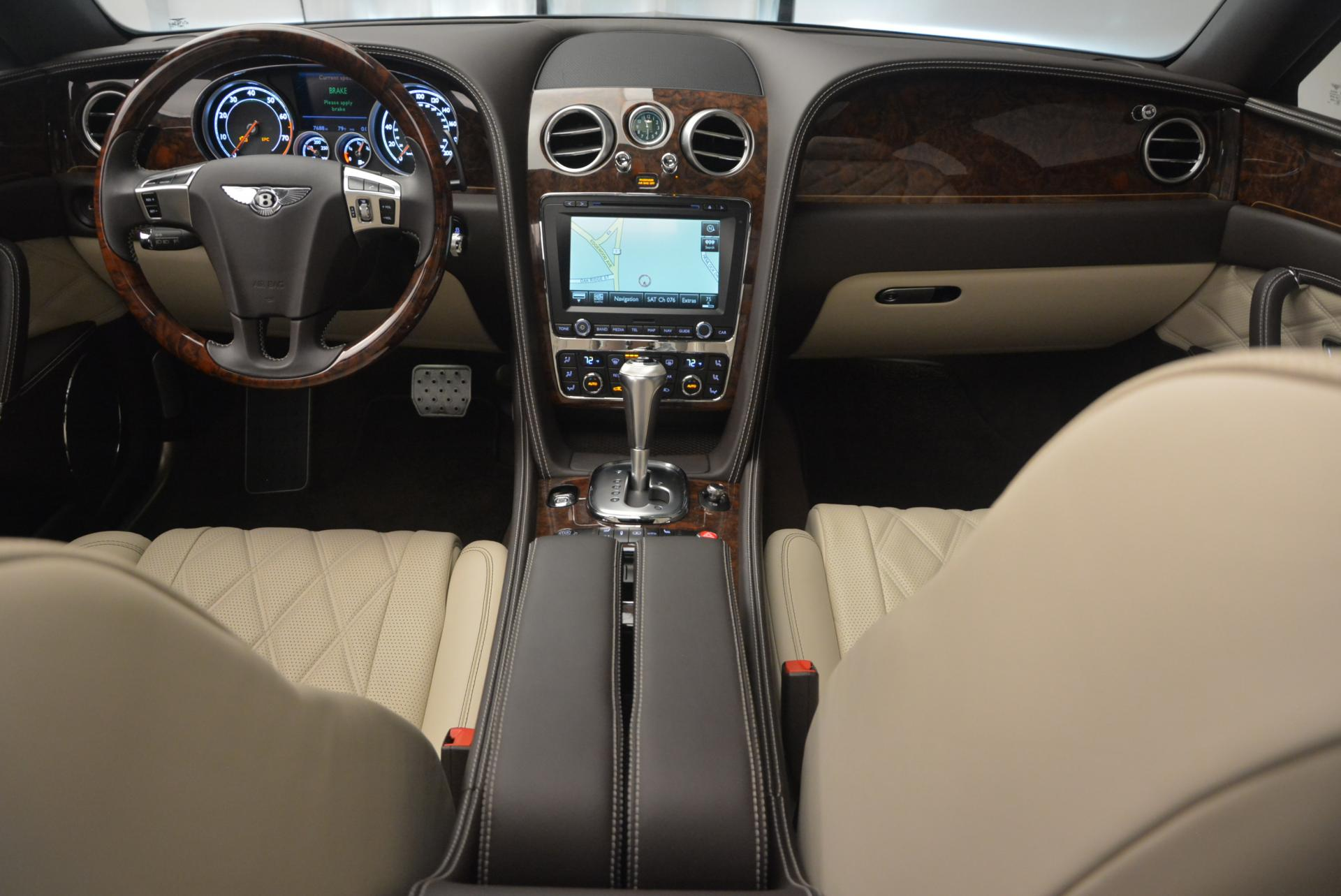 Used 2015 Bentley Flying Spur V8  For Sale In Greenwich, CT 509_p25