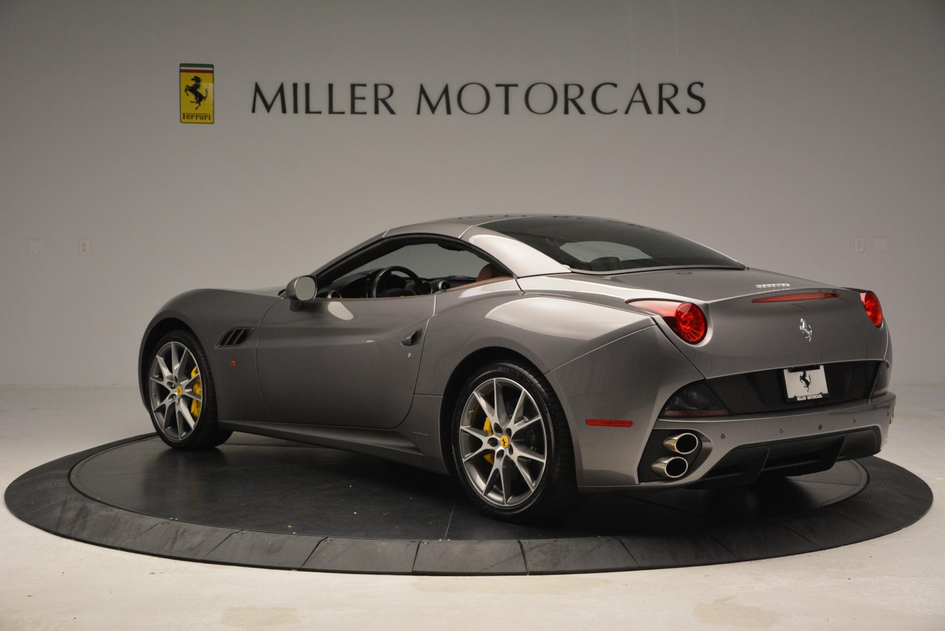 Used 2012 Ferrari California  For Sale In Greenwich, CT 536_p17