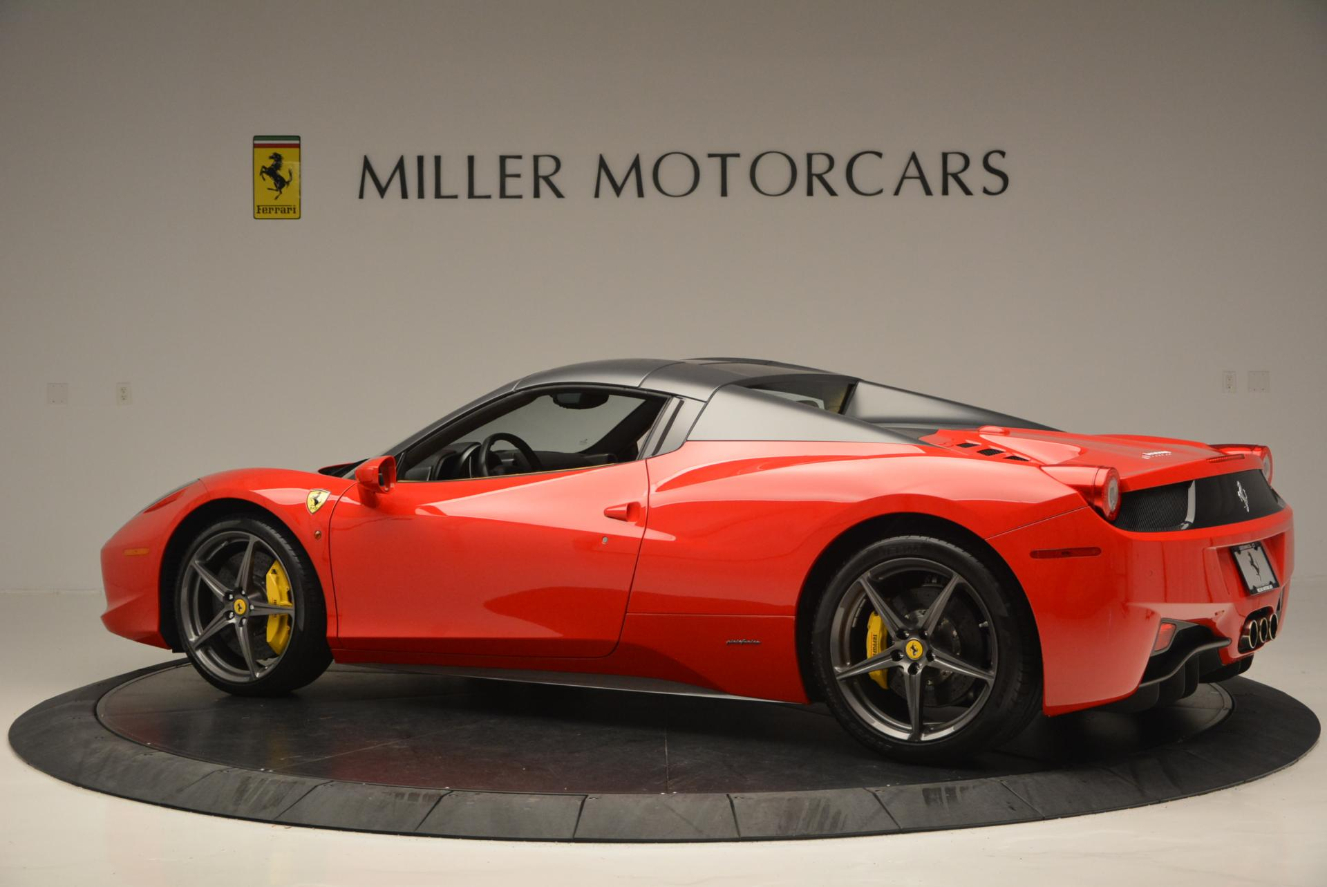 Used 2013 Ferrari 458 Spider  For Sale In Greenwich, CT 537_p16