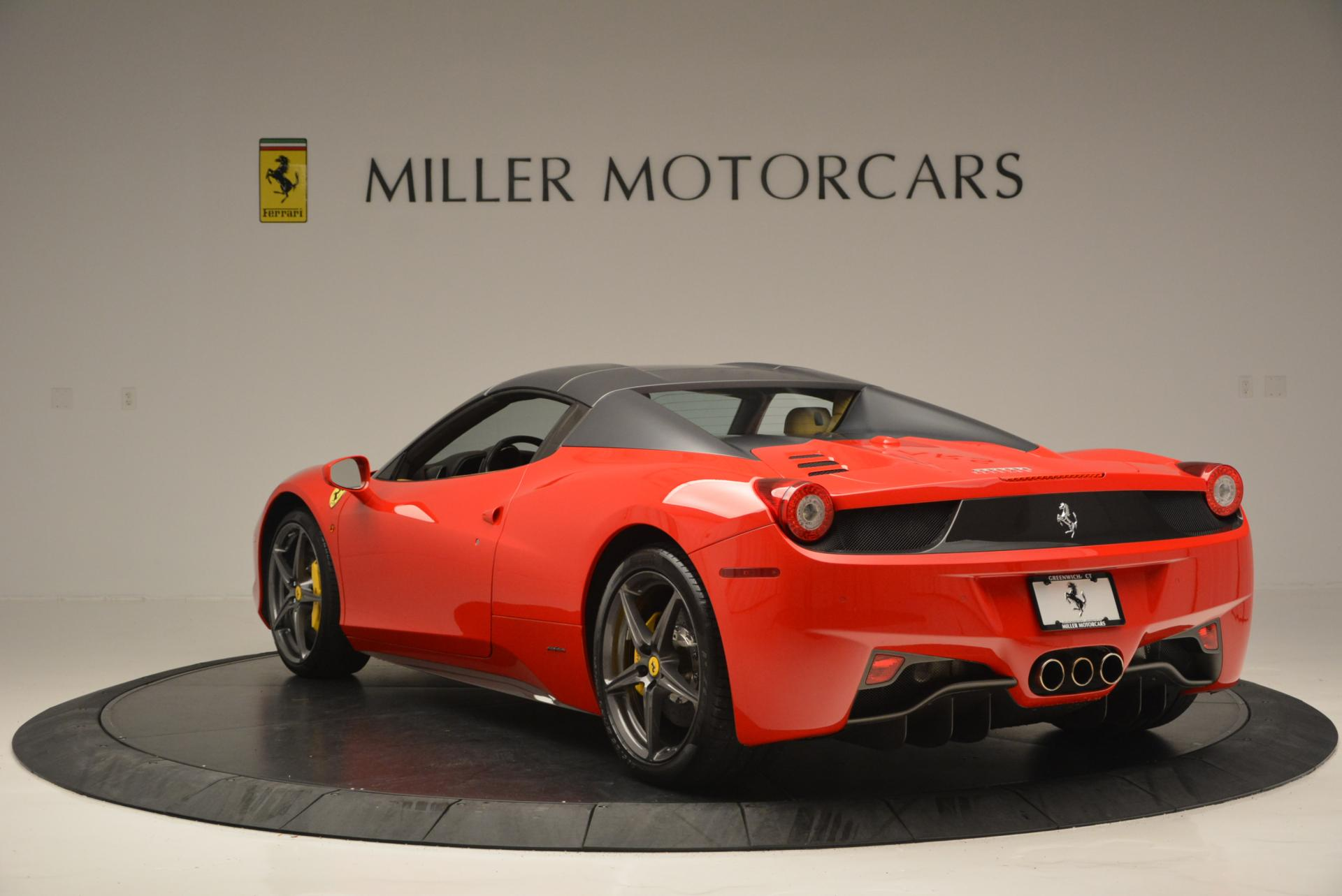 Used 2013 Ferrari 458 Spider  For Sale In Greenwich, CT 537_p17