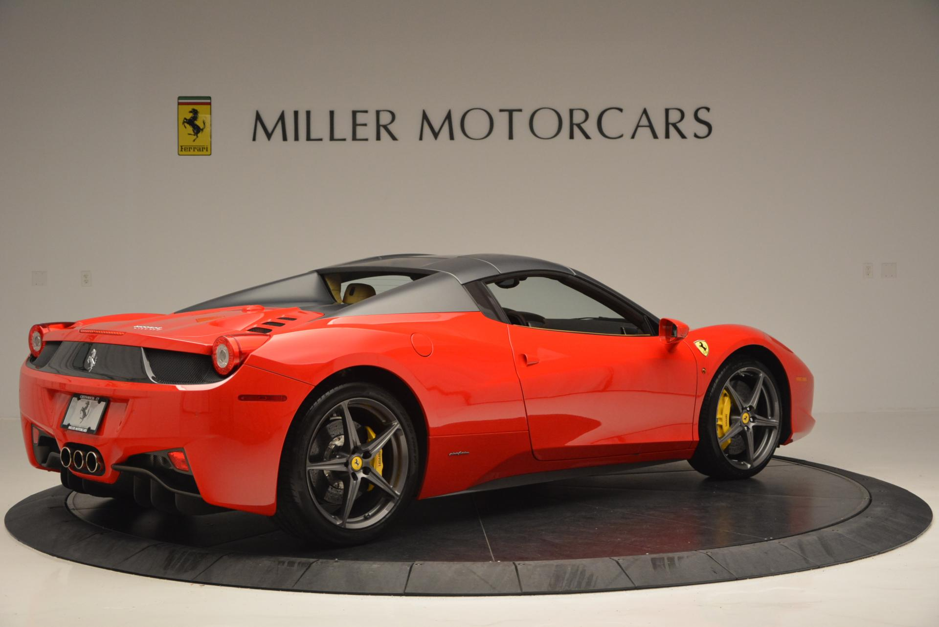 Used 2013 Ferrari 458 Spider  For Sale In Greenwich, CT 537_p20