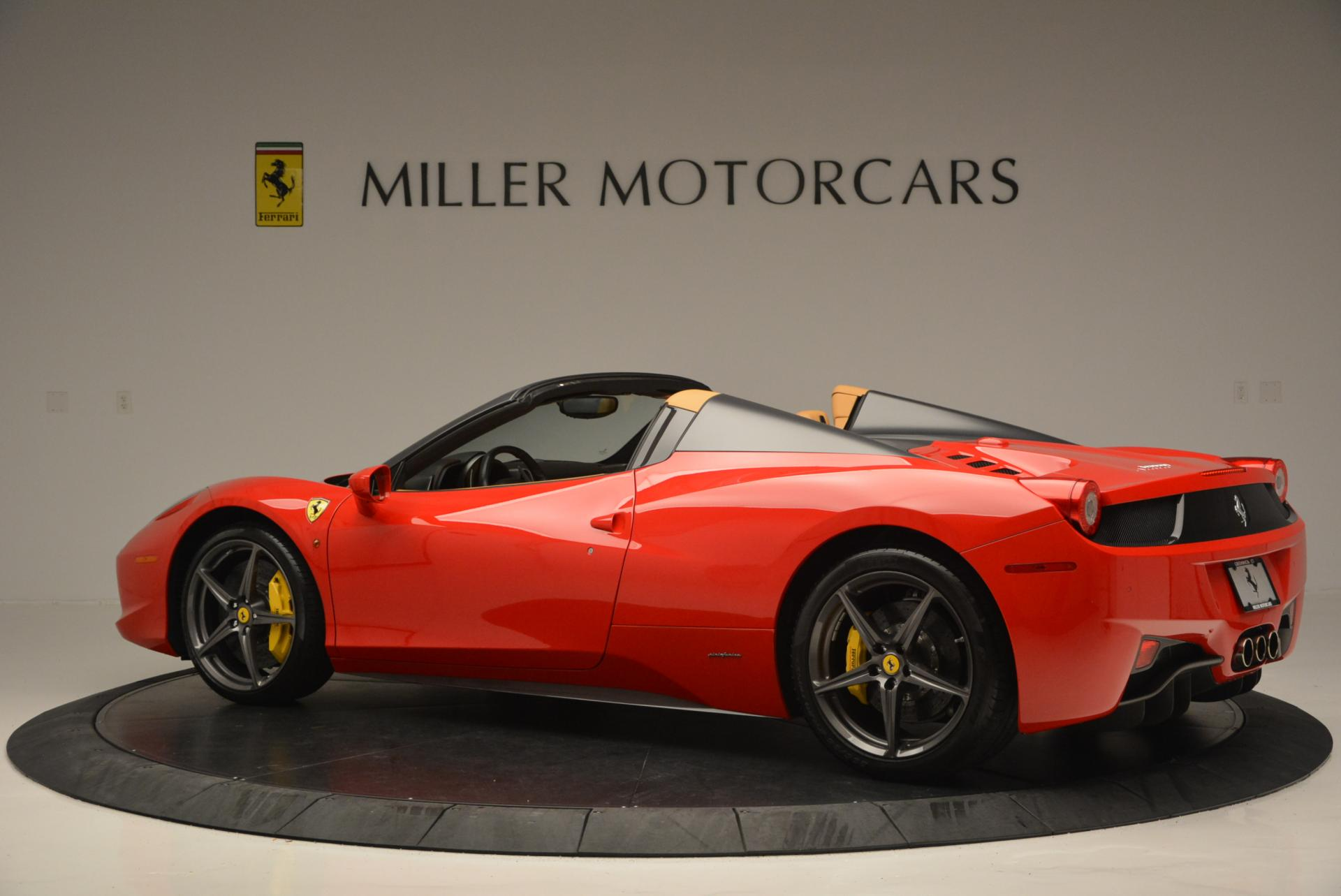 Used 2013 Ferrari 458 Spider  For Sale In Greenwich, CT 537_p4