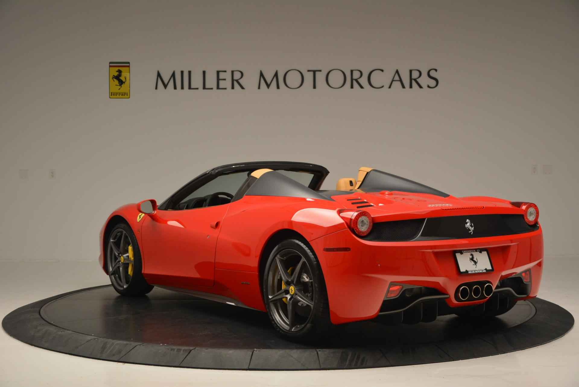 Used 2013 Ferrari 458 Spider  For Sale In Greenwich, CT 537_p5