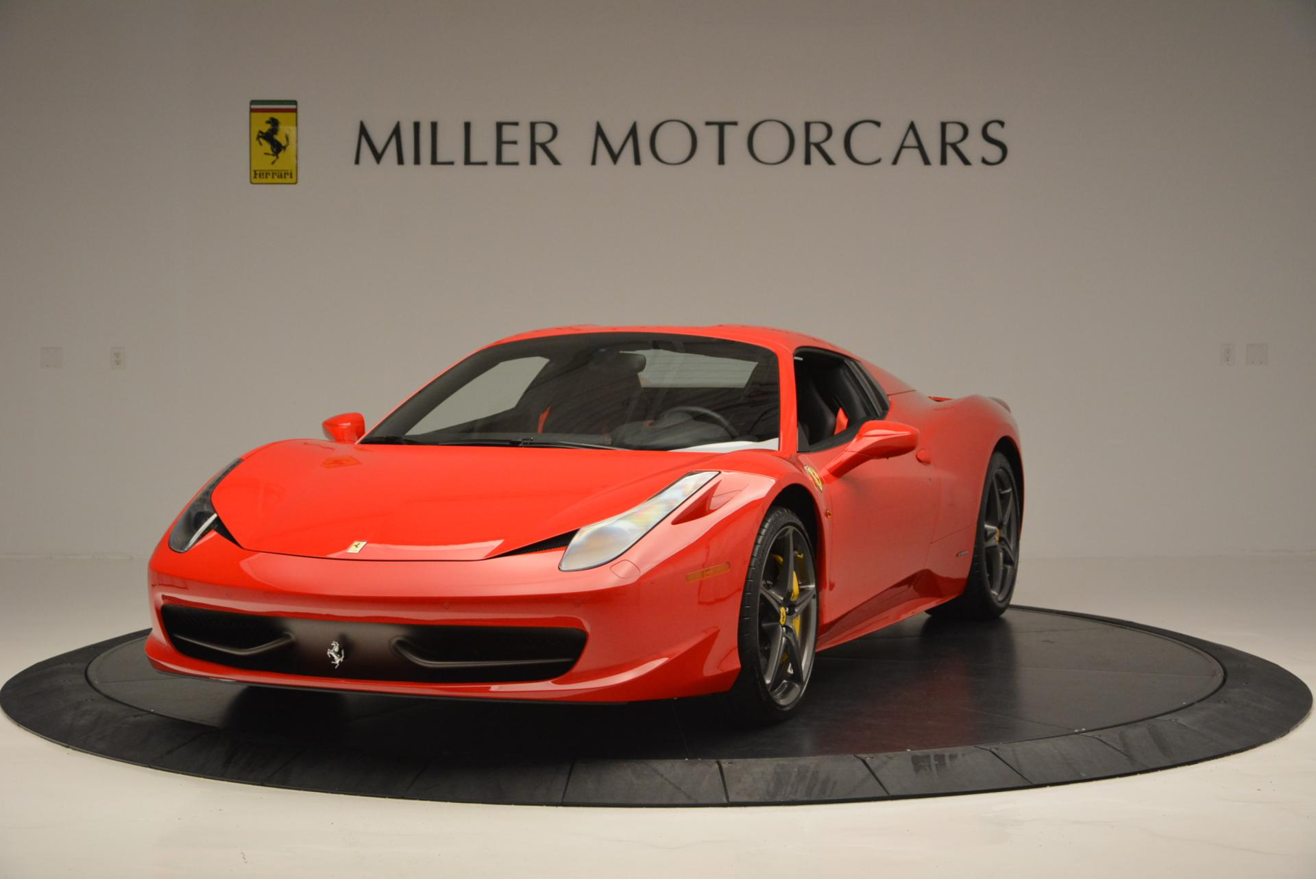 Used 2015 Ferrari 458 Spider  For Sale In Greenwich, CT 542_p13