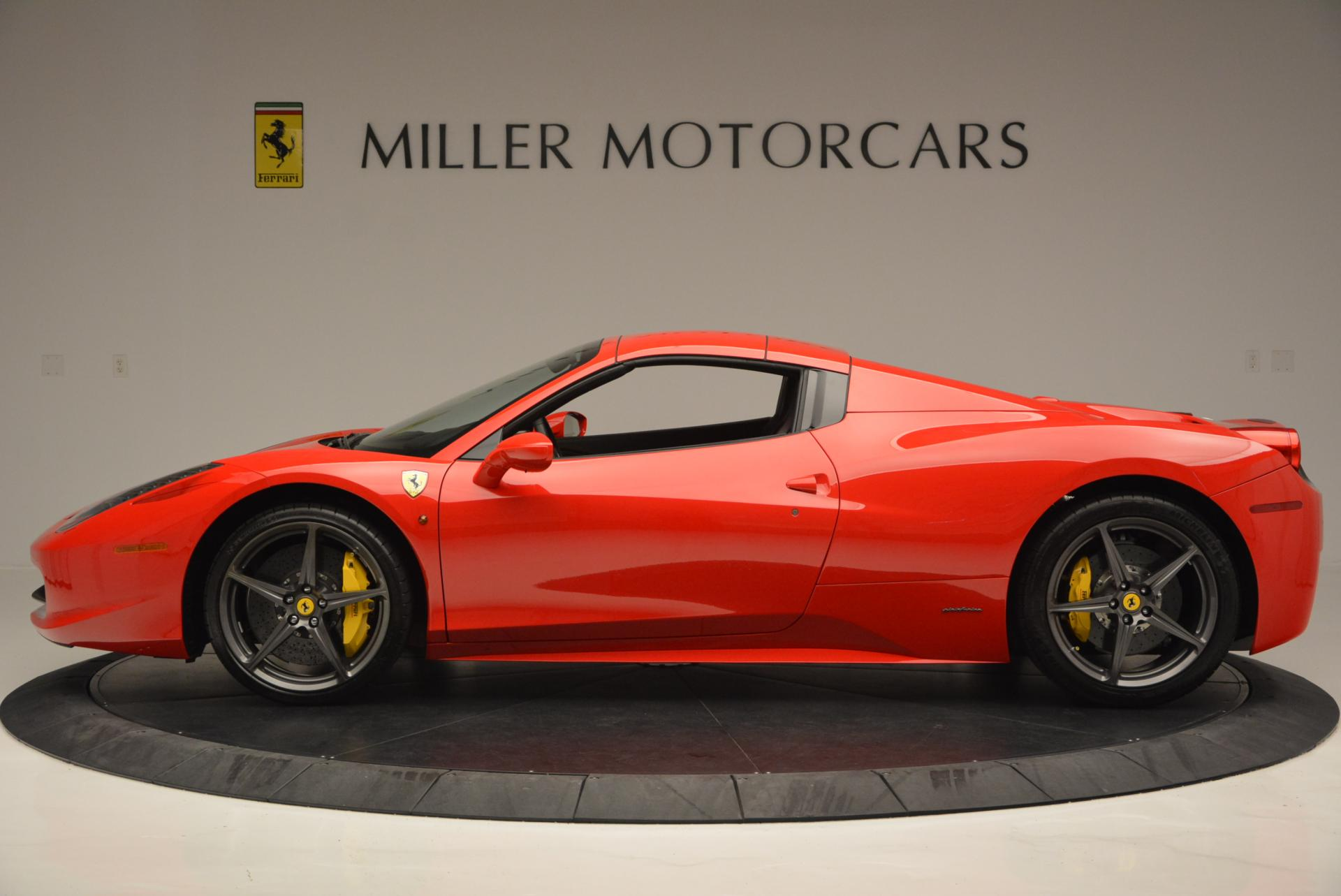Used 2015 Ferrari 458 Spider  For Sale In Greenwich, CT 542_p15