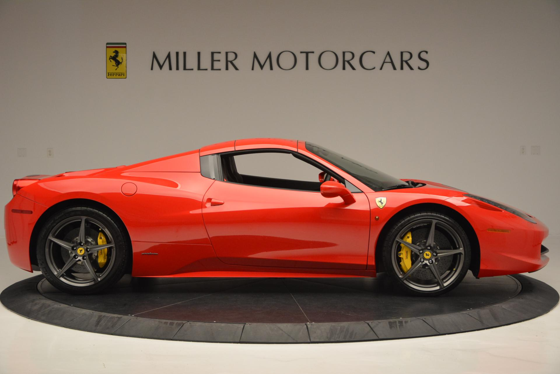 Used 2015 Ferrari 458 Spider  For Sale In Greenwich, CT 542_p21