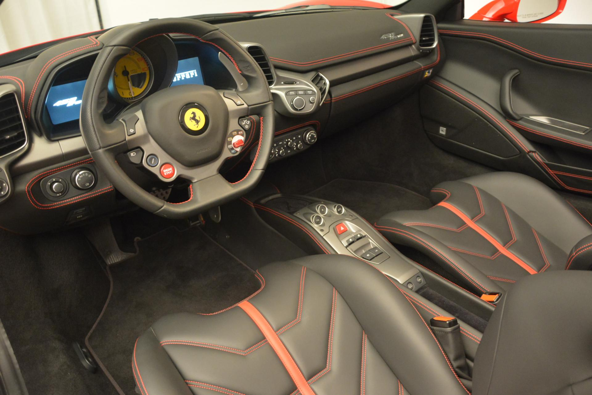 Used 2015 Ferrari 458 Spider  For Sale In Greenwich, CT 542_p25
