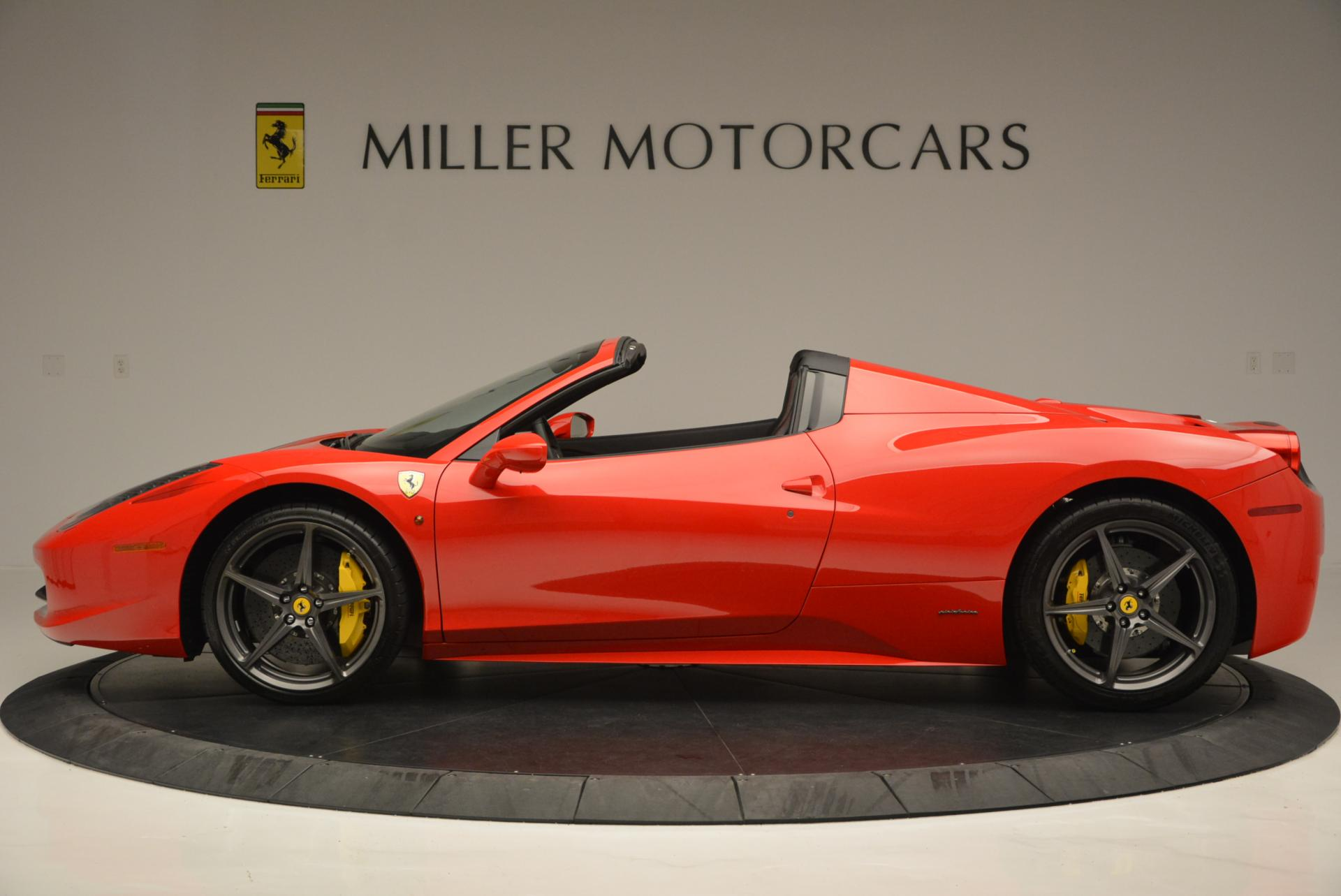 Used 2015 Ferrari 458 Spider  For Sale In Greenwich, CT 542_p3