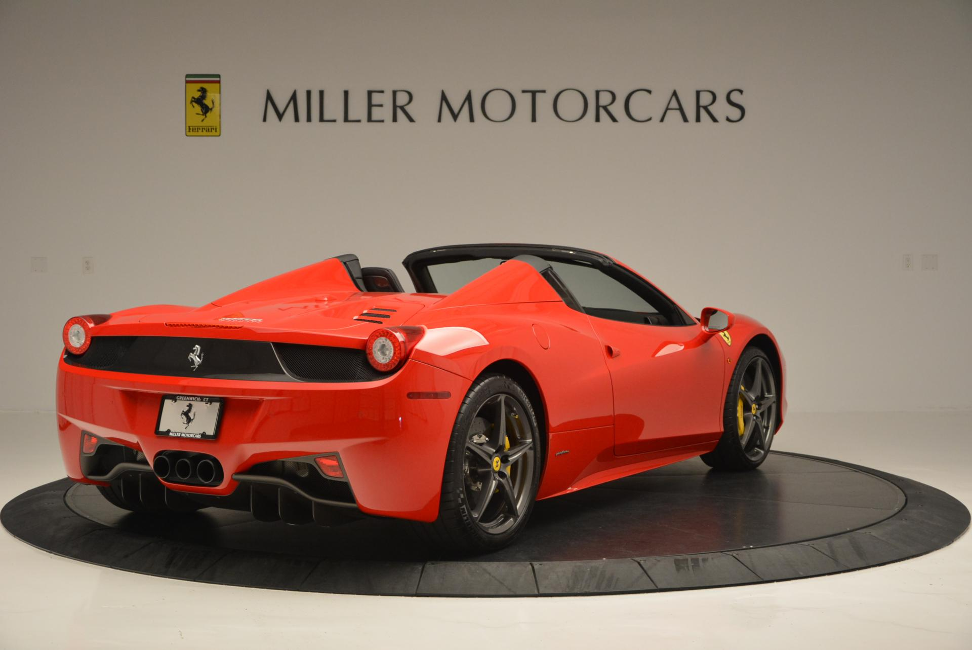 Used 2015 Ferrari 458 Spider  For Sale In Greenwich, CT 542_p7
