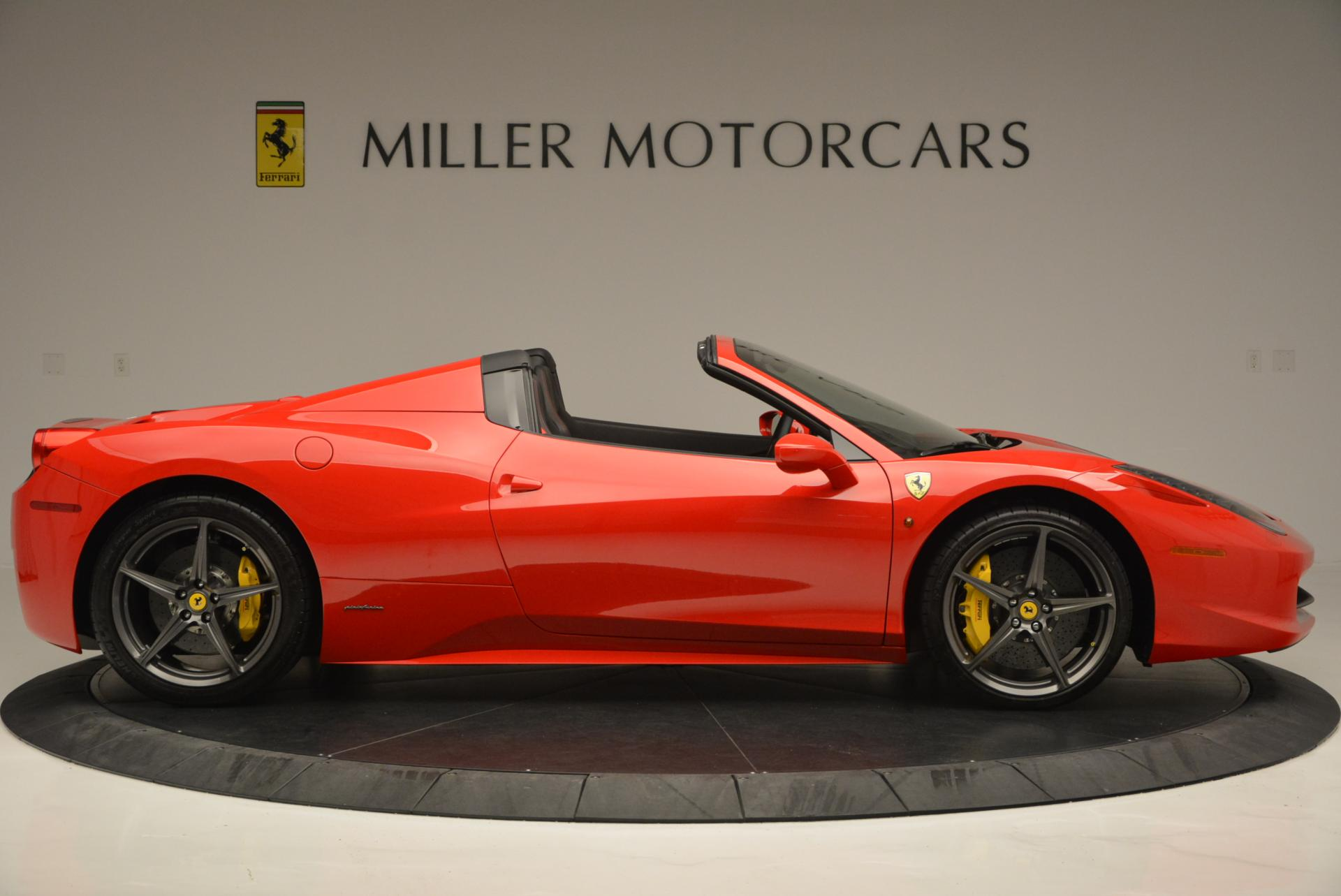 Used 2015 Ferrari 458 Spider  For Sale In Greenwich, CT 542_p9