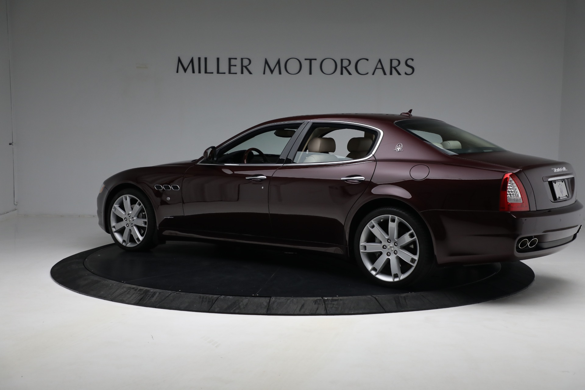 Used 2011 Maserati Quattroporte  For Sale In Greenwich, CT 552_p5