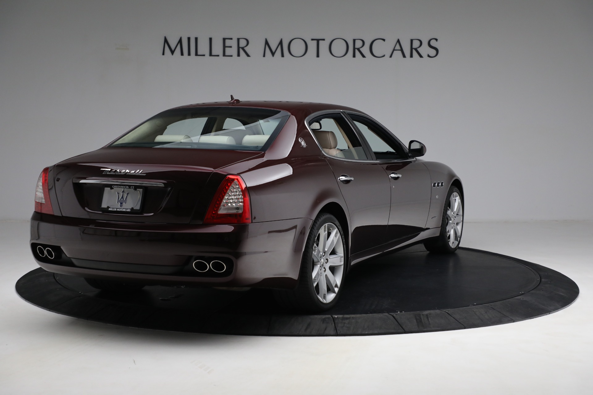 Used 2011 Maserati Quattroporte  For Sale In Greenwich, CT 552_p8