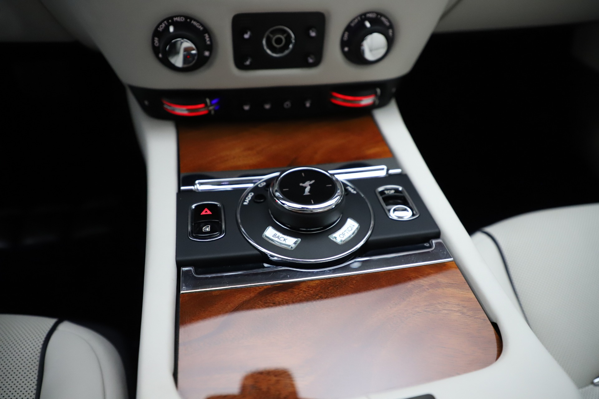 Used 2016 Rolls-Royce Dawn  For Sale In Greenwich, CT 553_p42