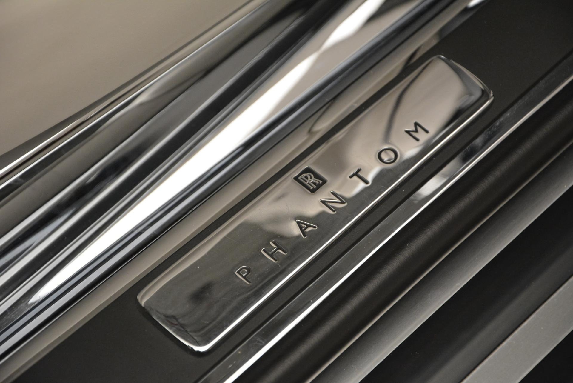 Used 2015 Rolls-Royce Phantom Drophead Coupe  For Sale In Greenwich, CT 554_p27